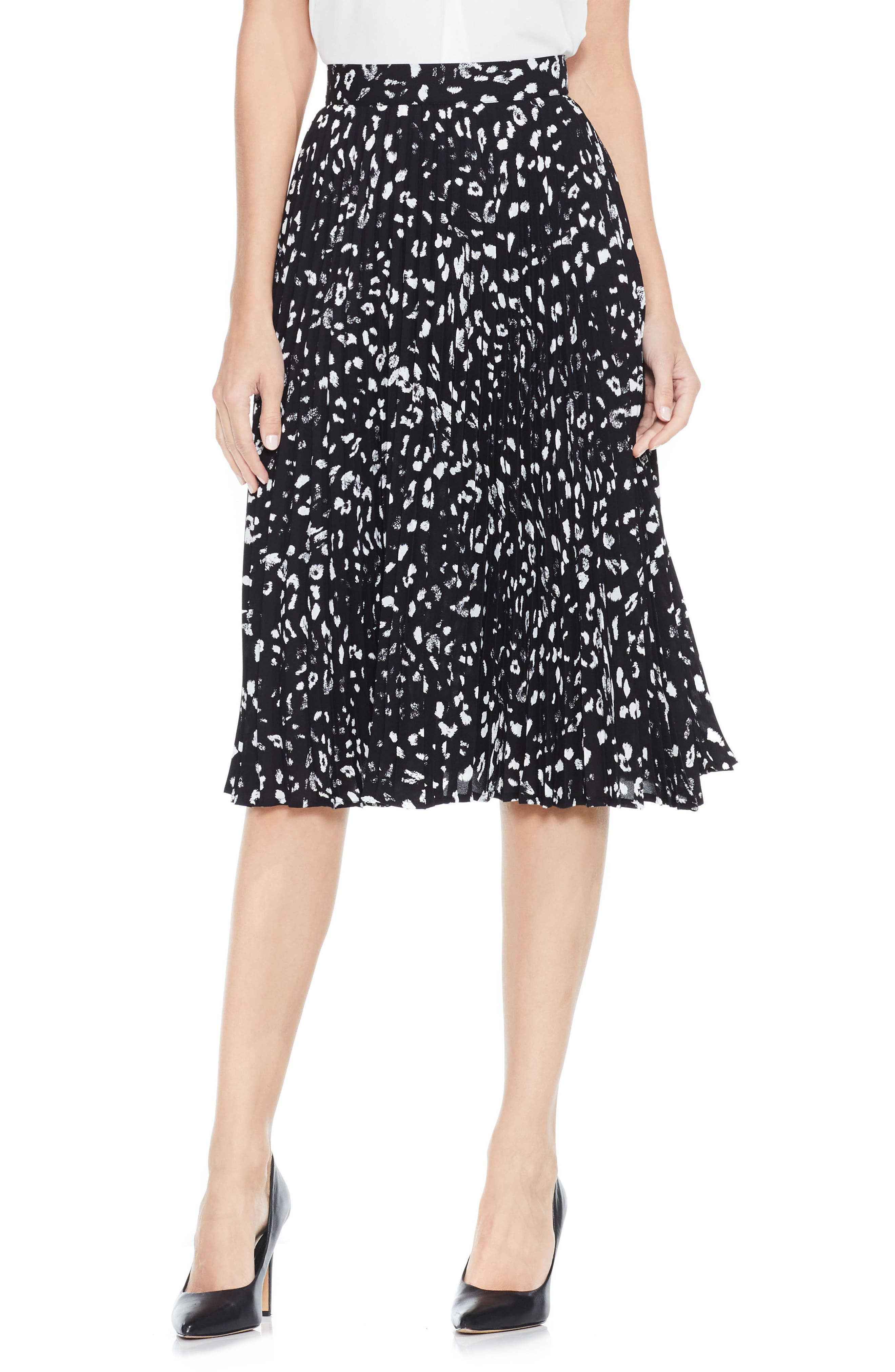 VINCE CAMUTO Animal Whispers Pleat Skirt