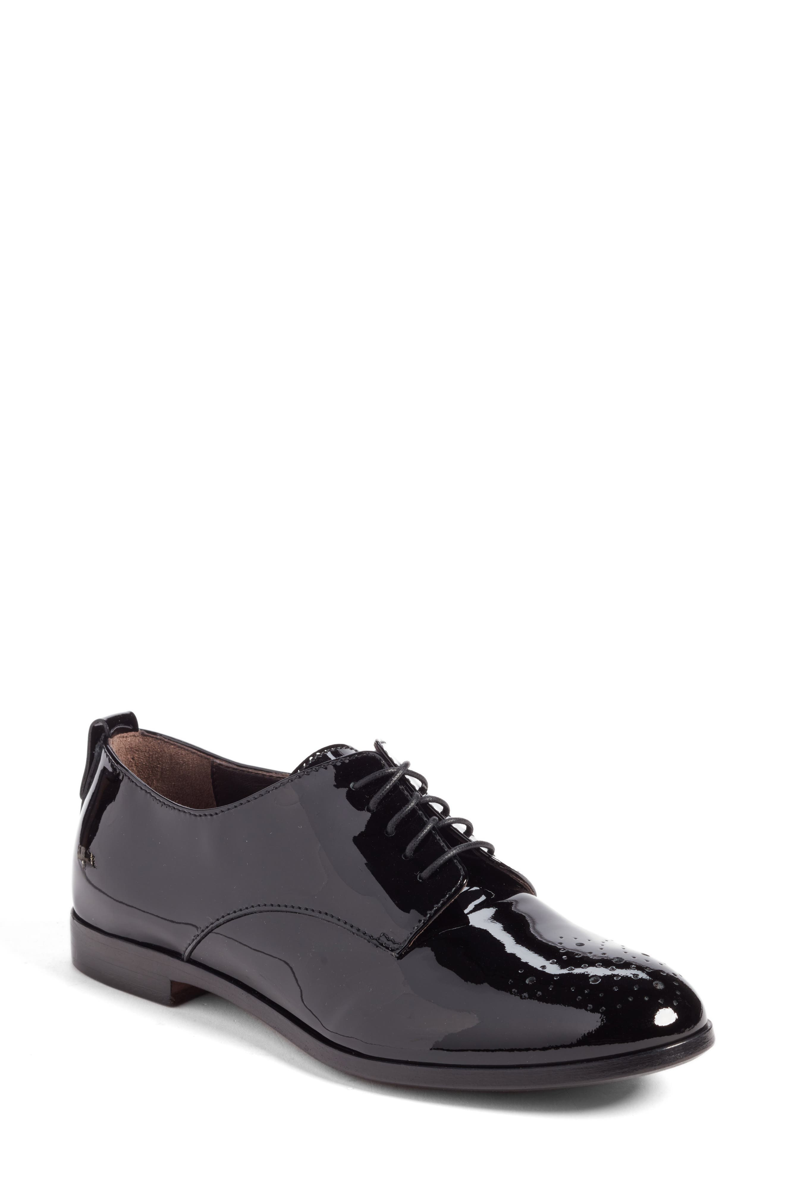 AGL Medallion Oxford (Women)