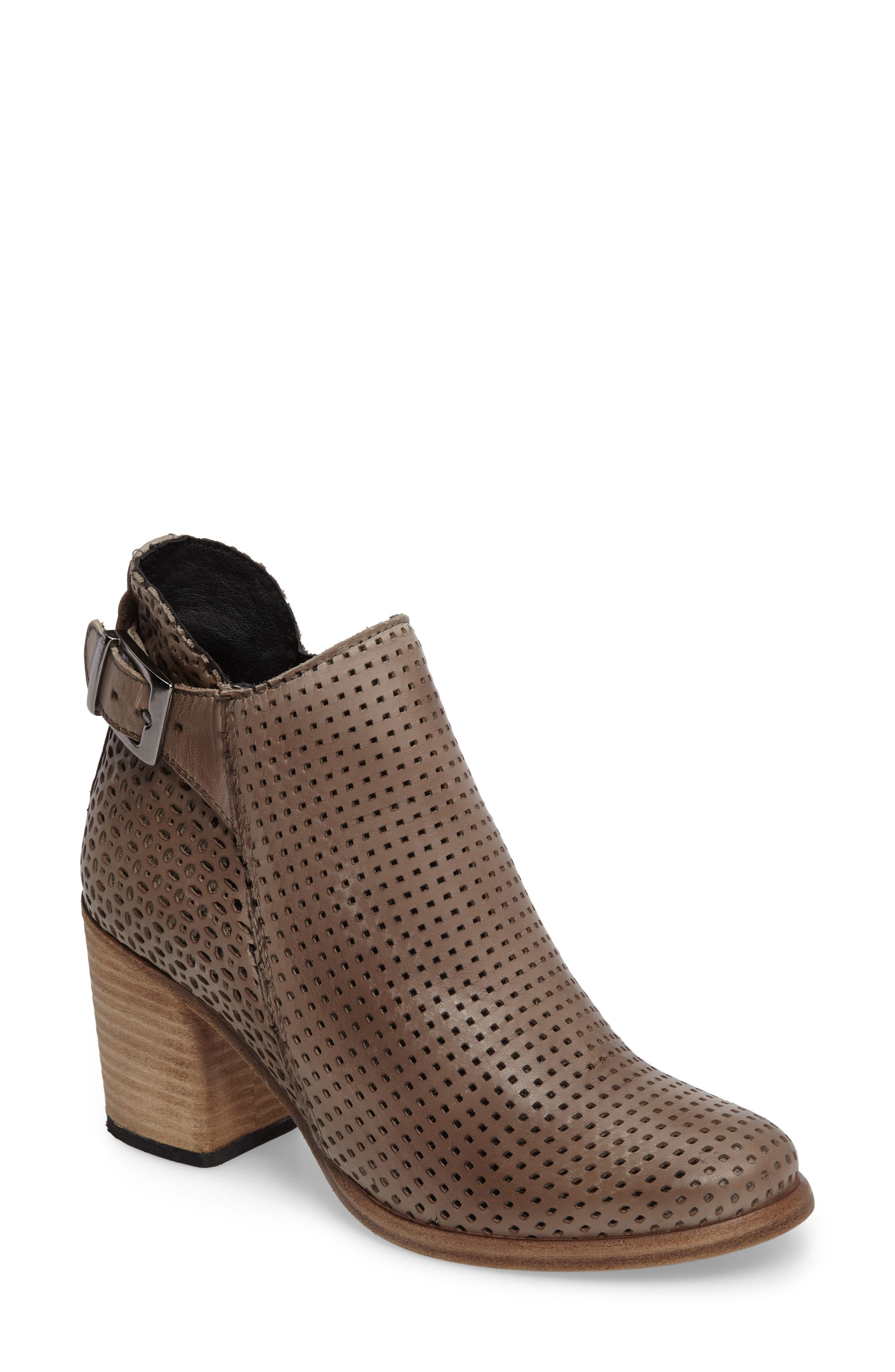 Naughty Monkey Show Stoppa Perforated Bootie (Women)