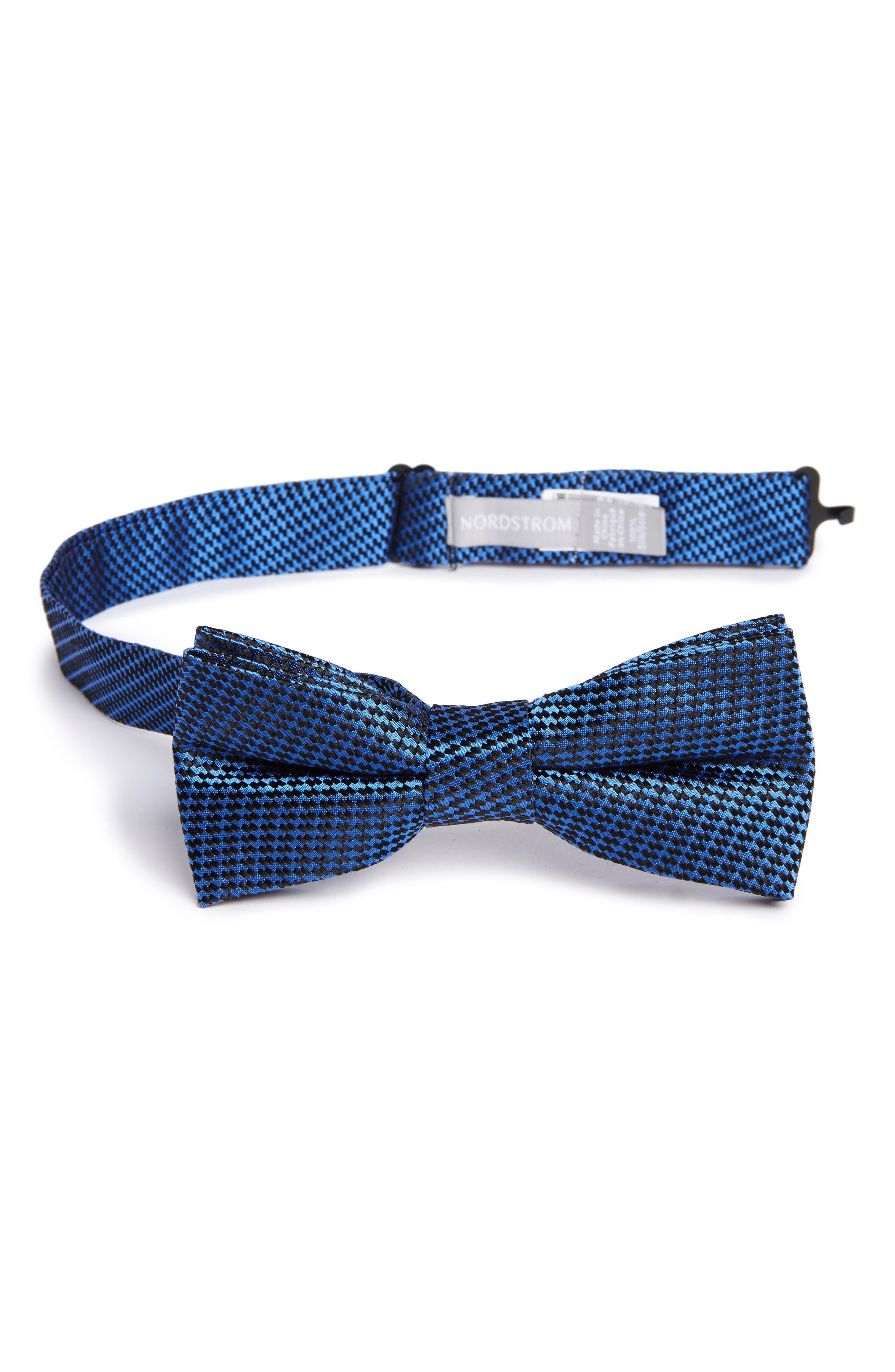 Nordstrom Neat Silk Bow Tie (Big Boys)