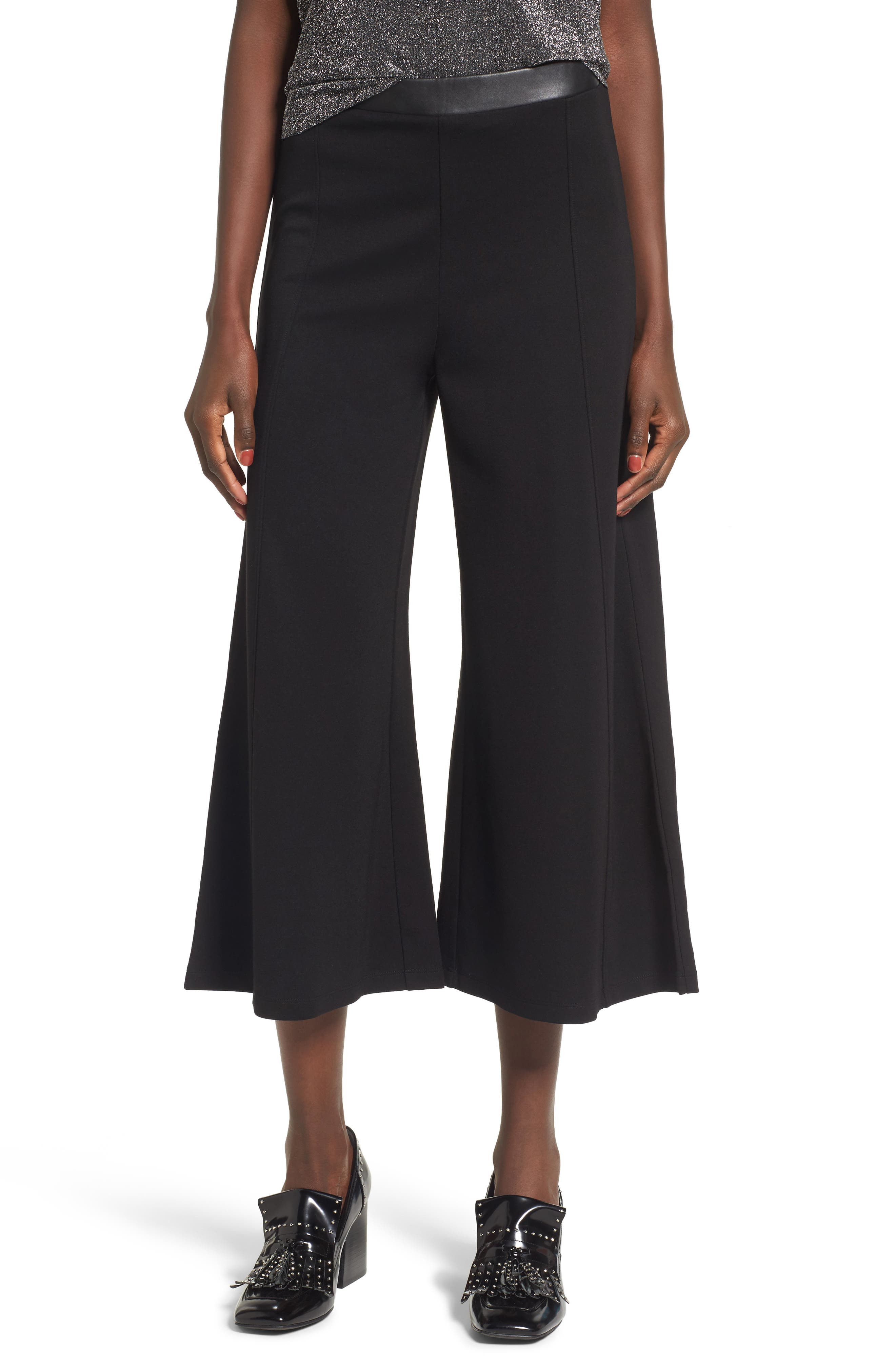 Main Image - Leith Faux Leather Trim Culottes