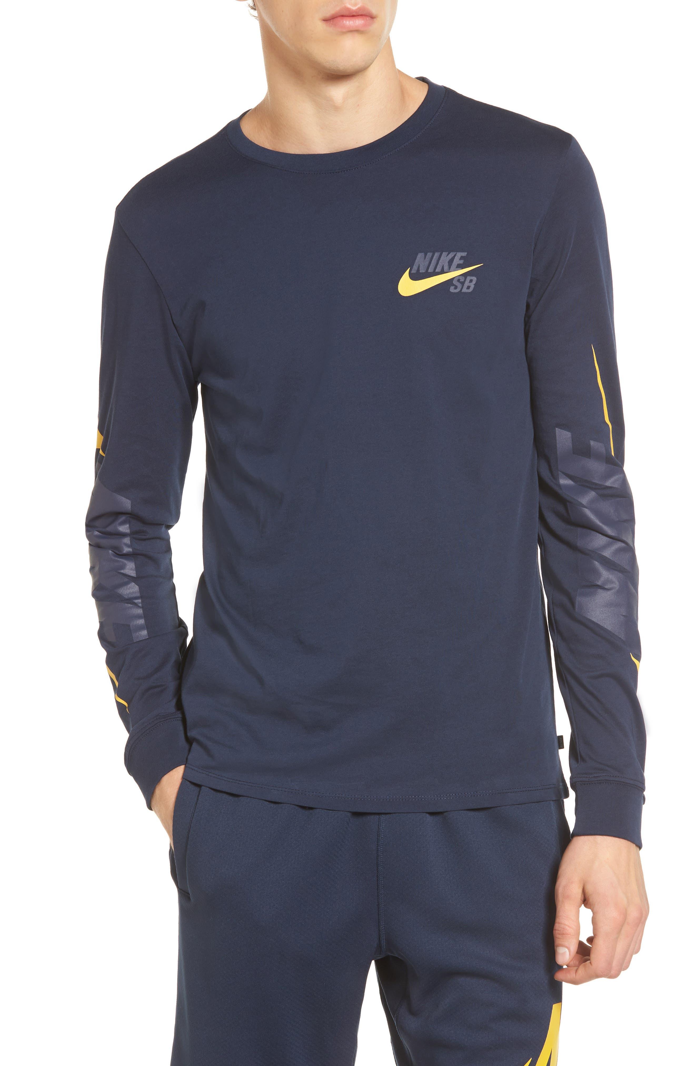 Alternate Image 1 Selected - Nike SB Logo T-Shirt