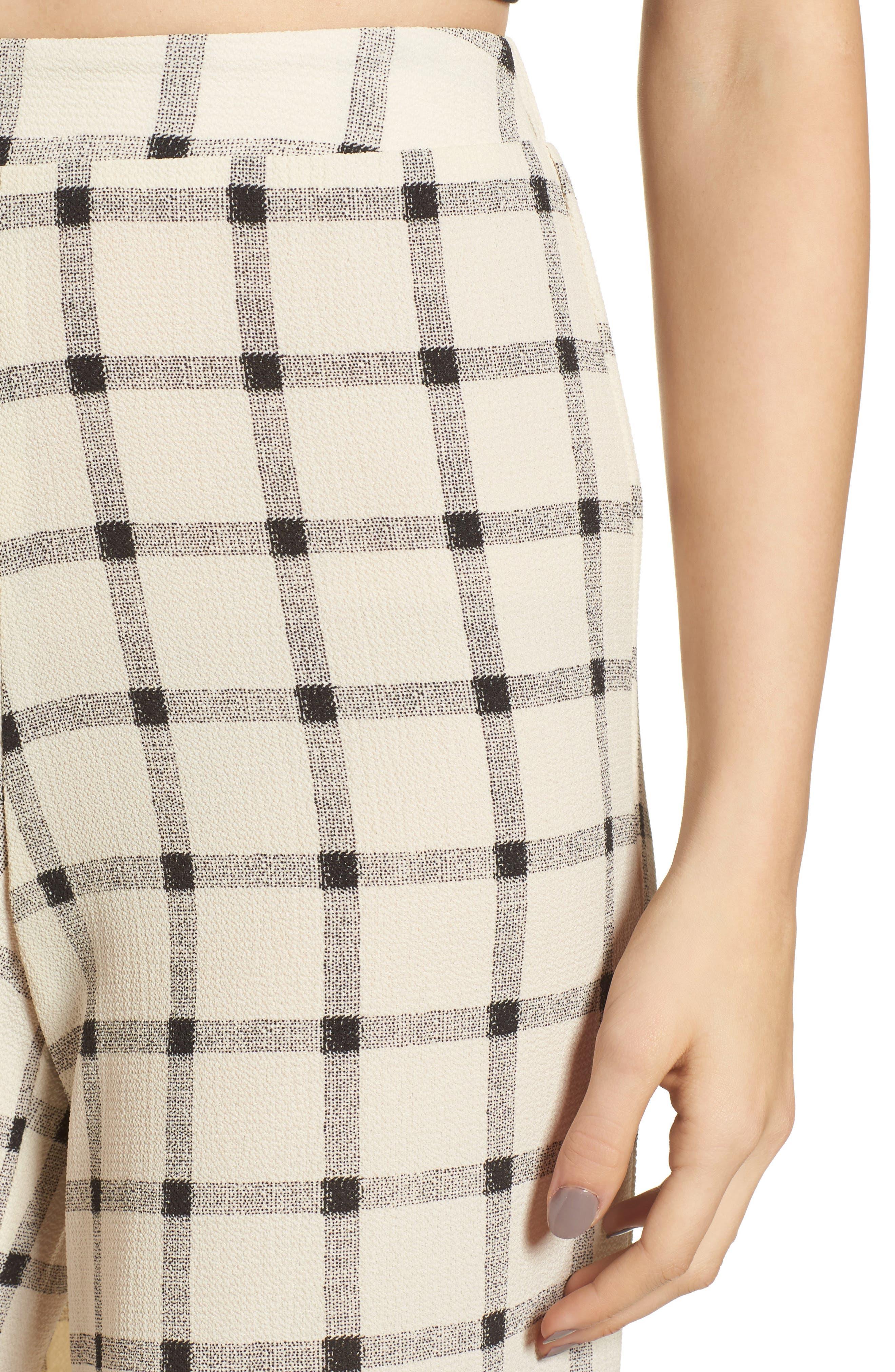 Alternate Image 5  - Mimi Chica Ruffle Hem Crop Pants