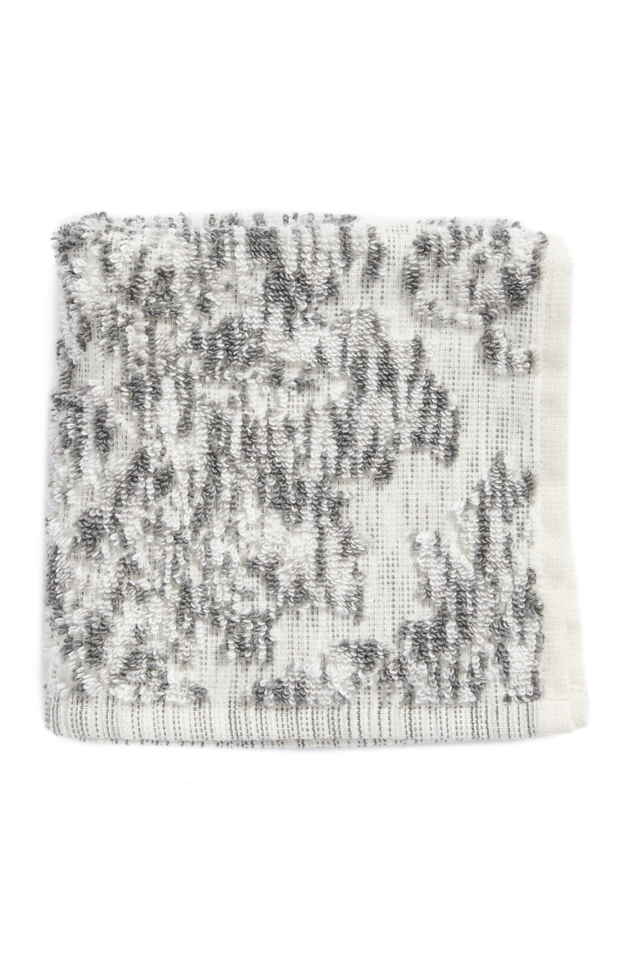 Nordstrom at Home Easton Washcloth