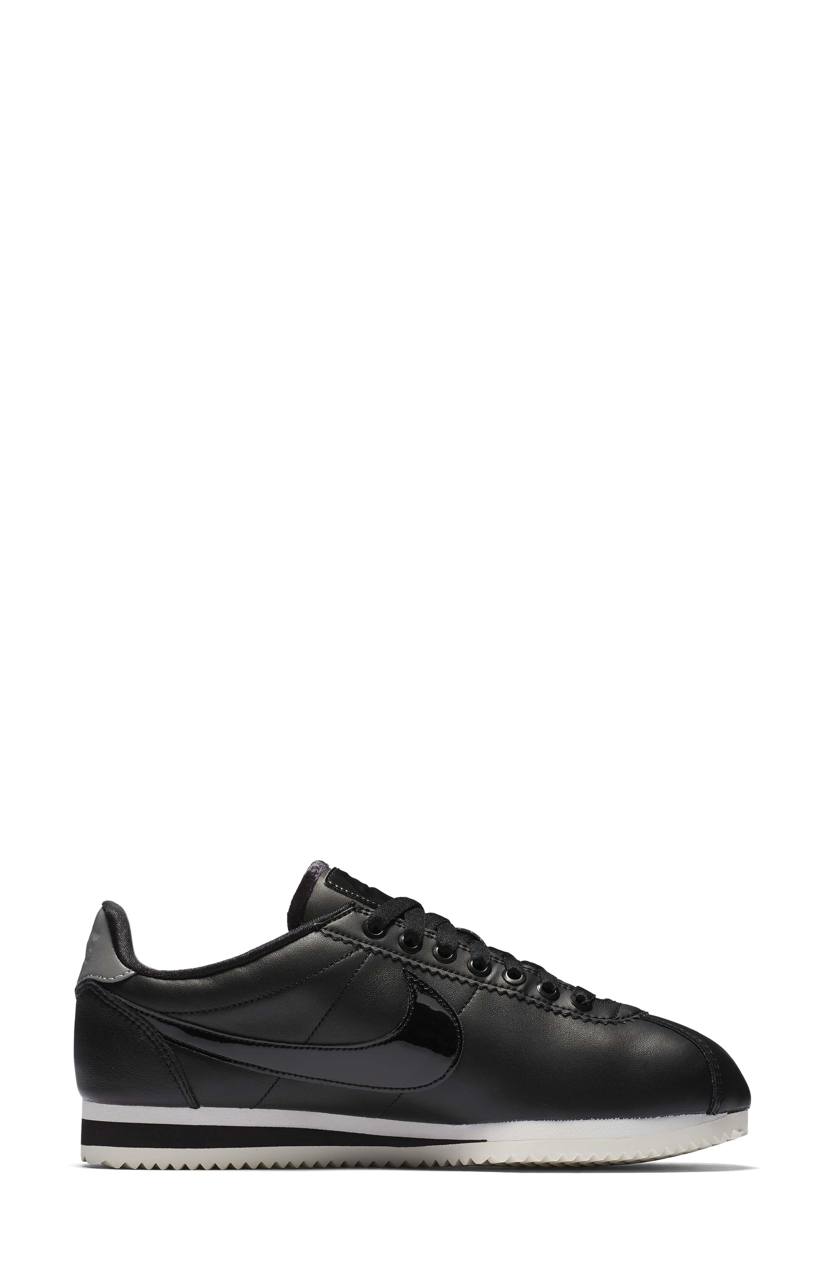 Classic Cortez SE Premium Sneaker,                             Alternate thumbnail 5, color,                             Black/ Black Reflect Silver