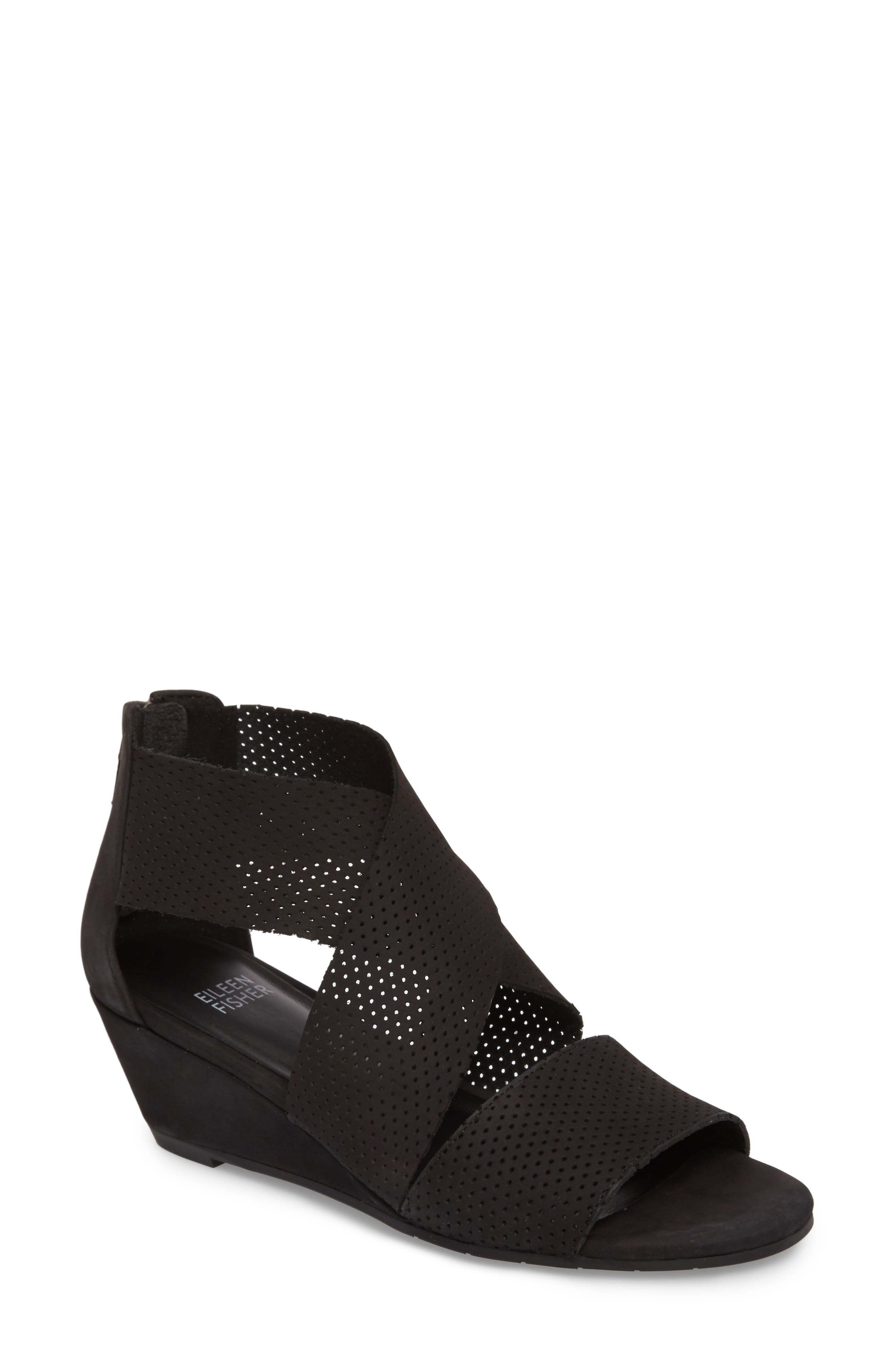 Eileen Fisher Kes Wedge Sandal (Women)