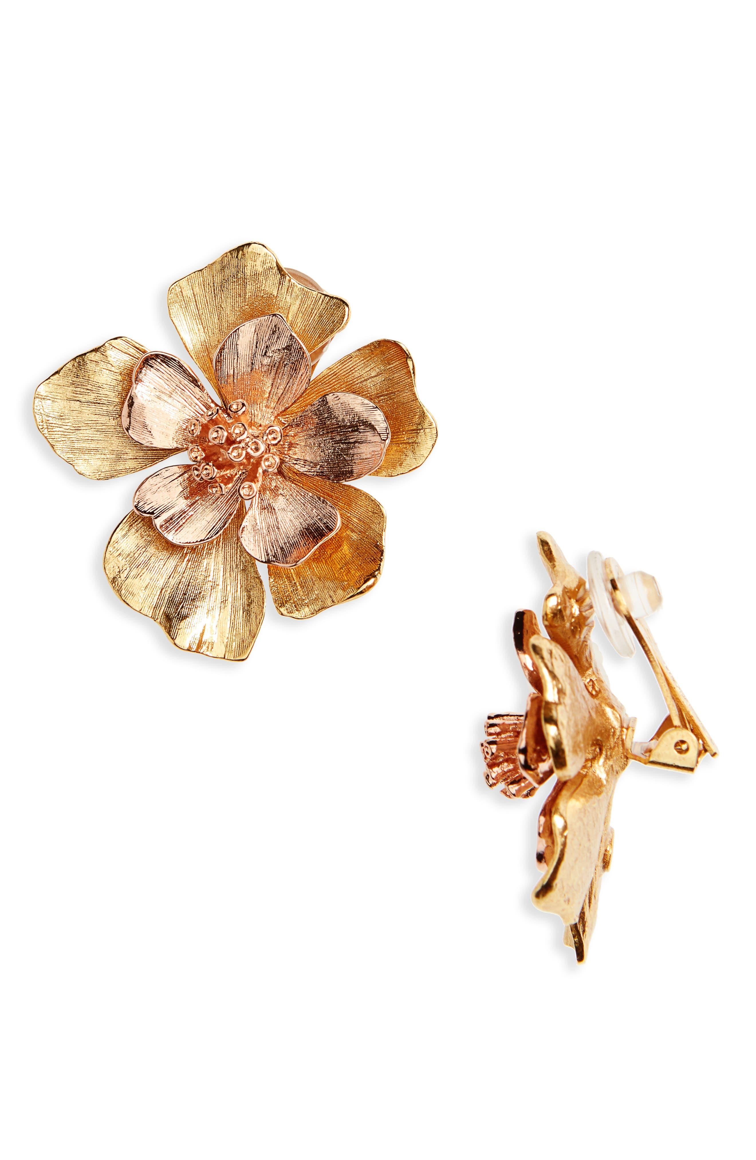 Oscar de la Renta Bold Flower Clip Earrings