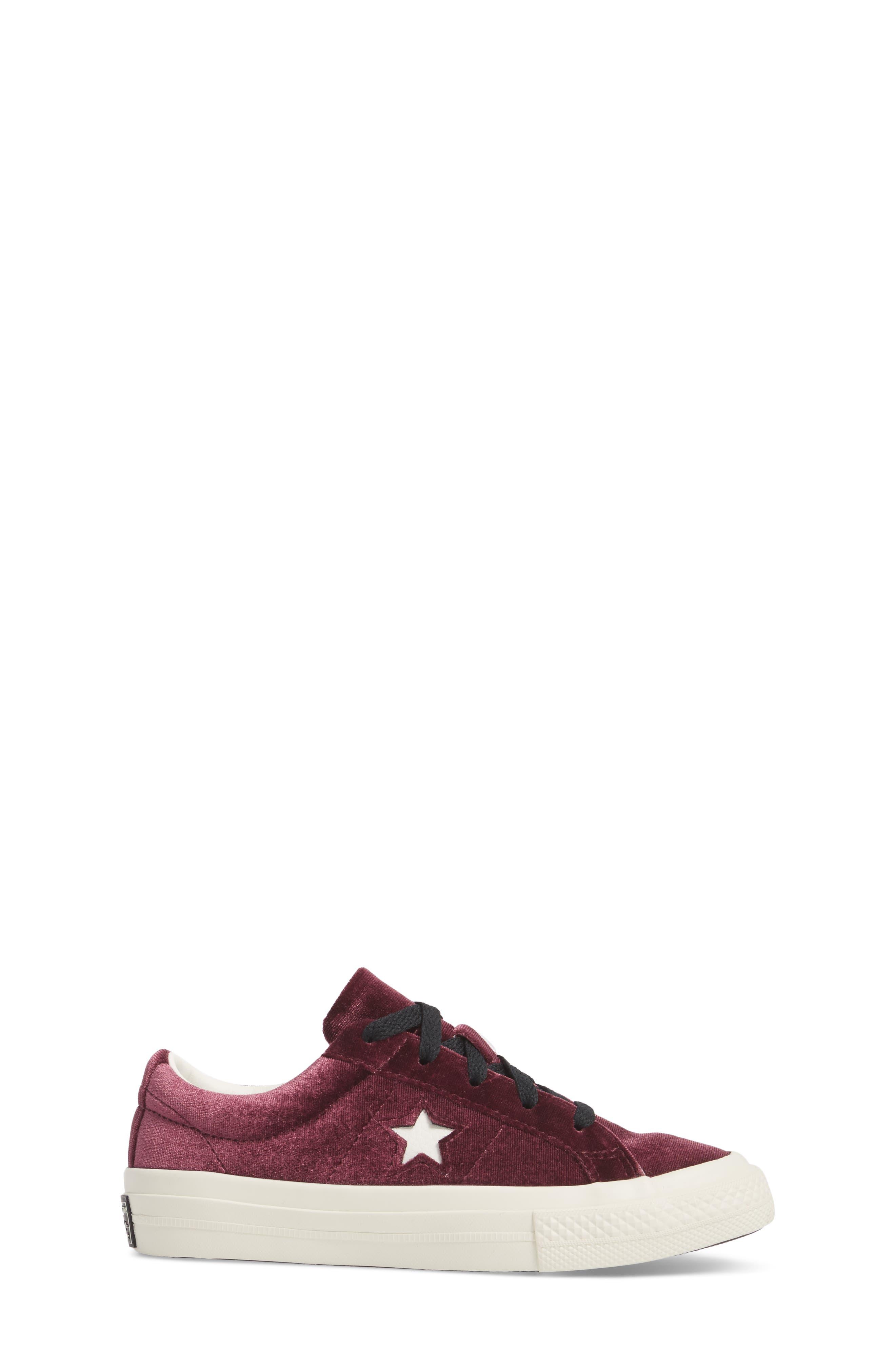 Chuck Taylor<sup>®</sup> All Star<sup>®</sup> One Star Velvet Platform Sneaker,                             Alternate thumbnail 3, color,                             Sangria Velvet