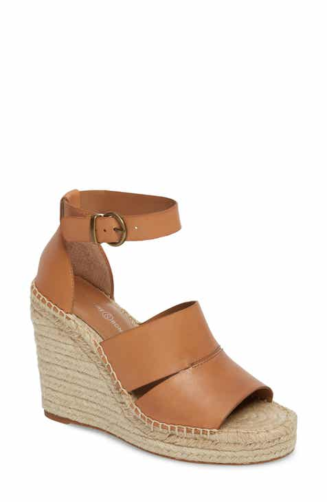 dc3be1c63b4bf0 Treasure   Bond Sannibel Platform Wedge Sandal (Women)