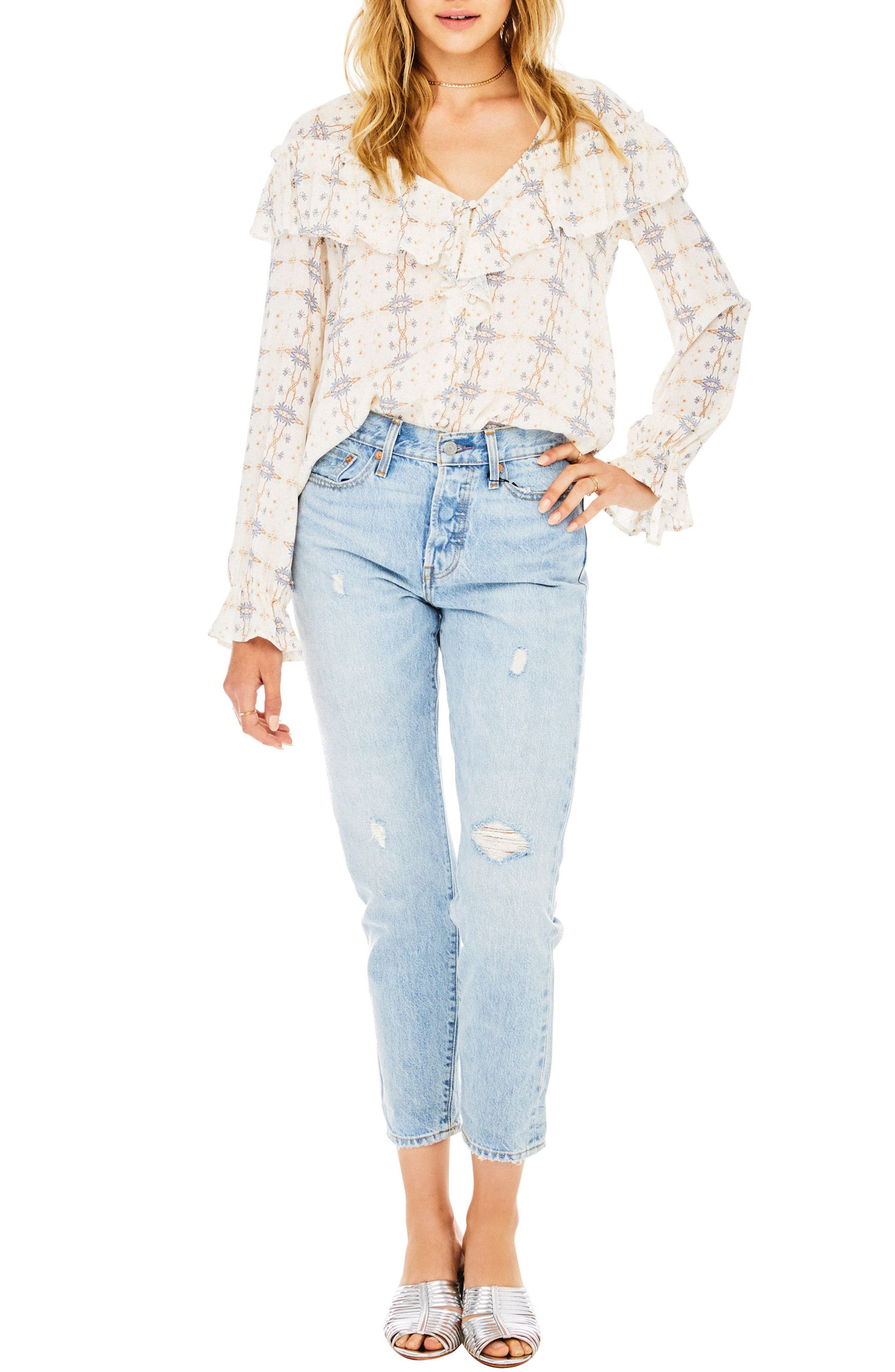 Astr  CHANNING RUFFLE BLOUSE