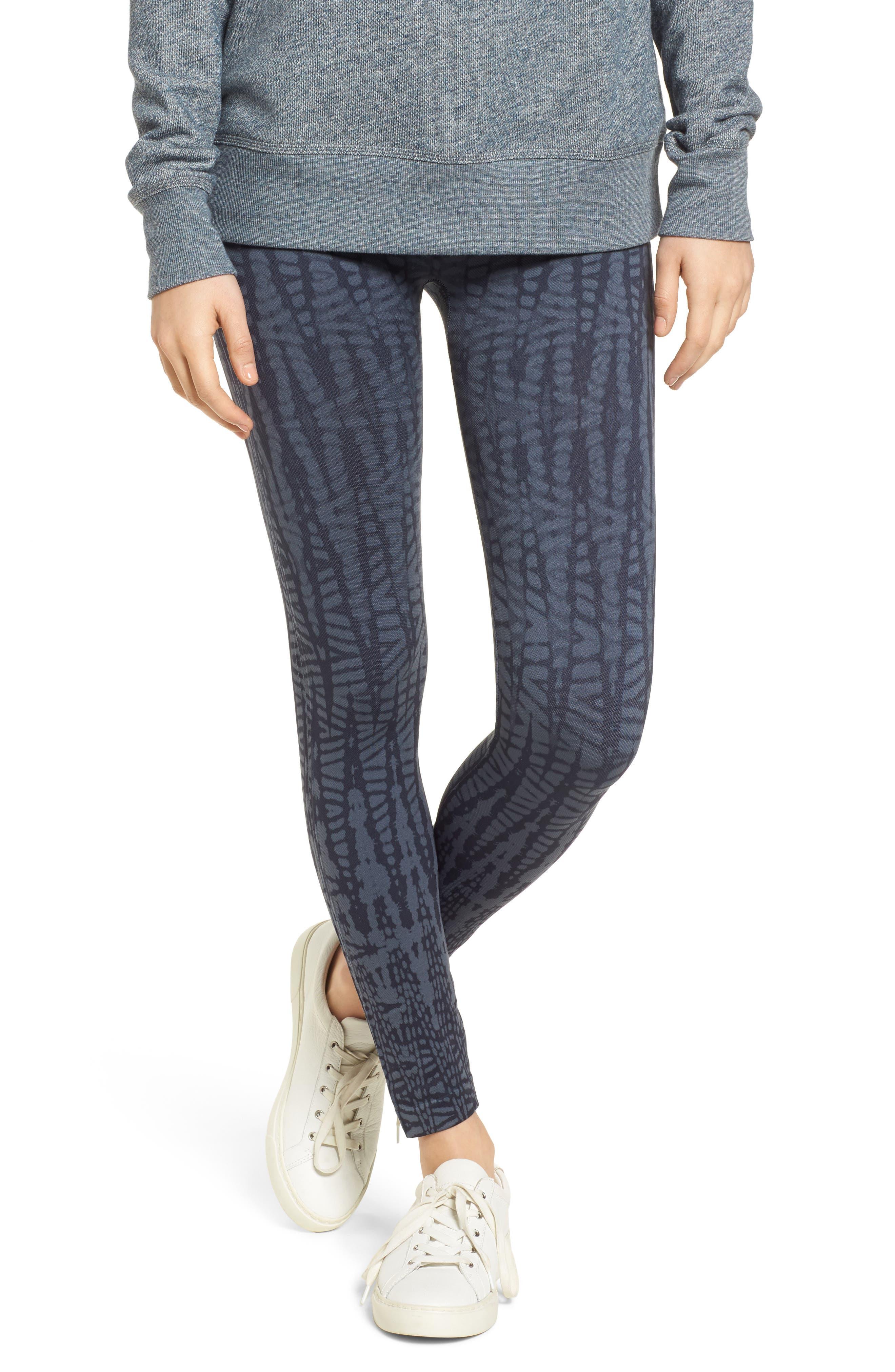 Alternate Image 1 Selected - SPANX® Look at Me Now' Seamless Leggings