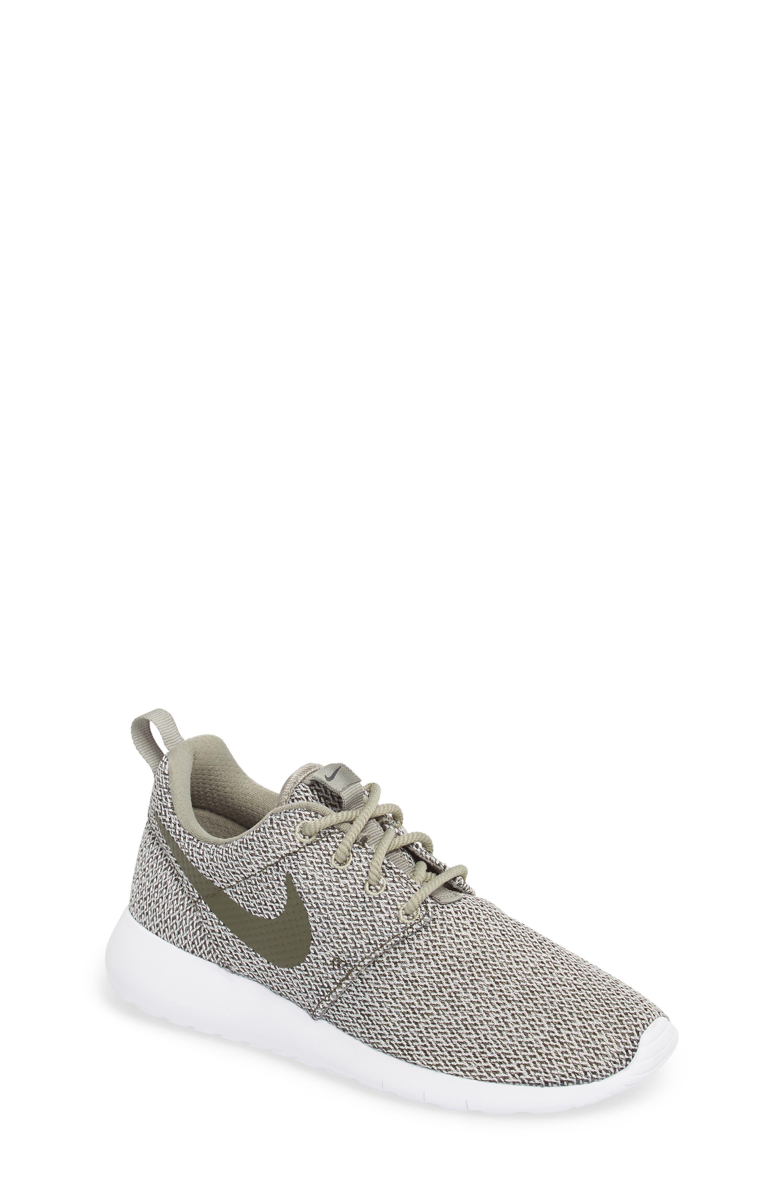'Roshe Run' Sneaker,                         Main,                         color, Dark Stucco/ Sequoia/ Bone