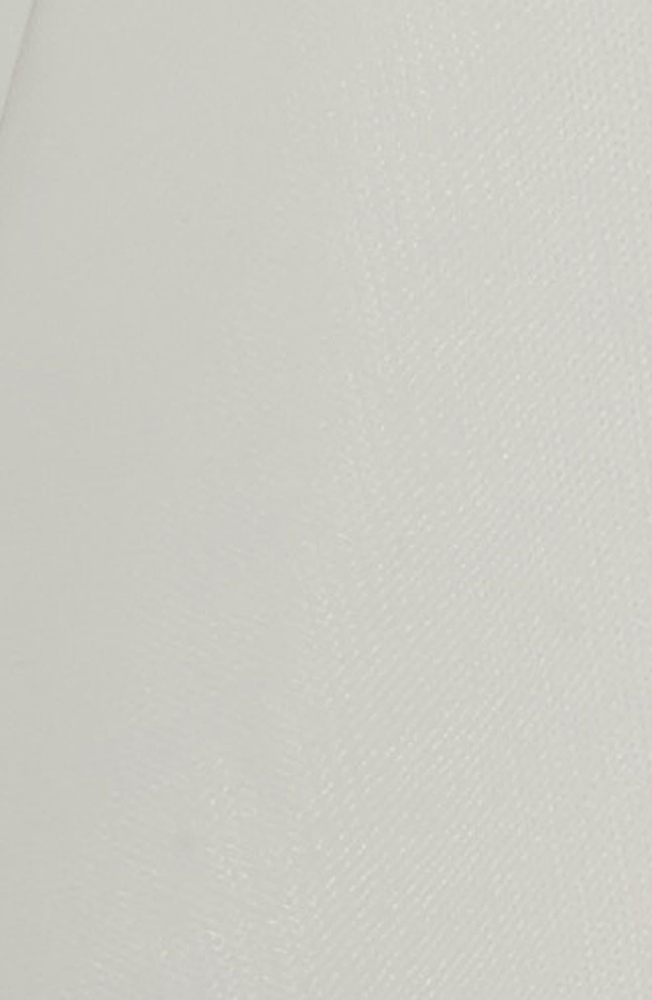 Dulcie Circular Fingertip Veil,                             Alternate thumbnail 2, color,                             Light Ivory