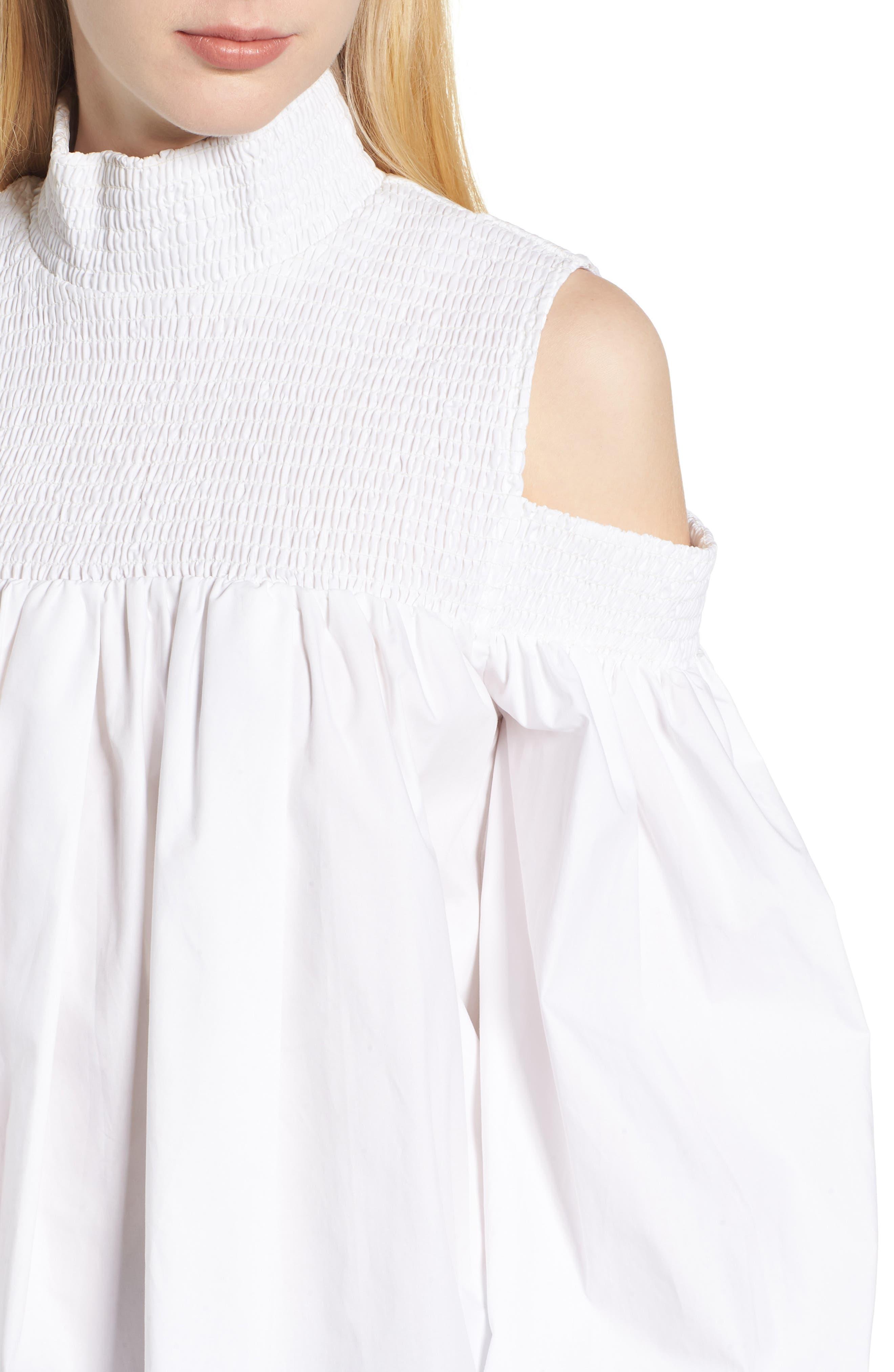 Alternate Image 4  - Elliatt Ivy Cold Shoulder Top