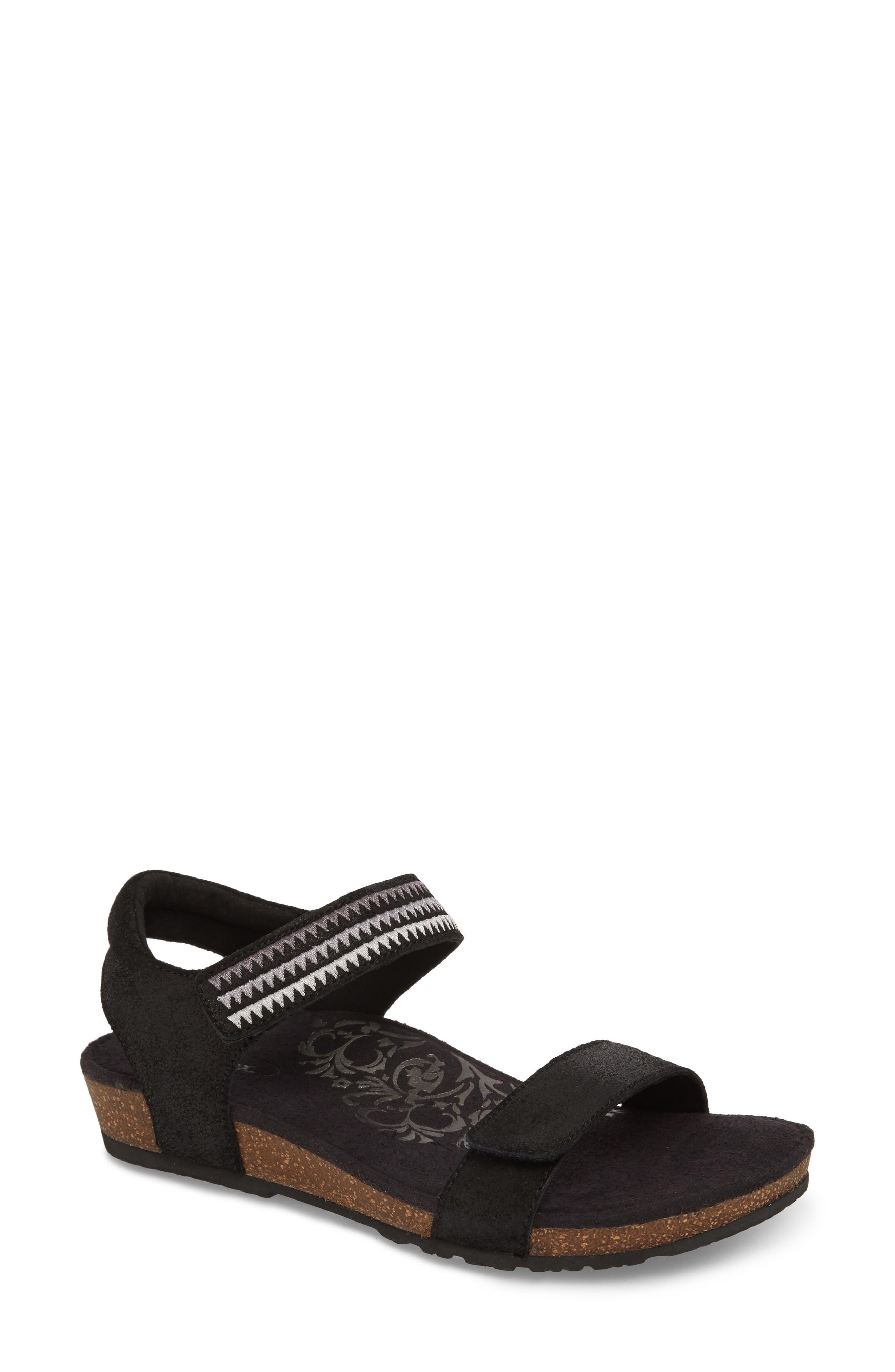 Aetrex Capri Wedge Sandal (Women)