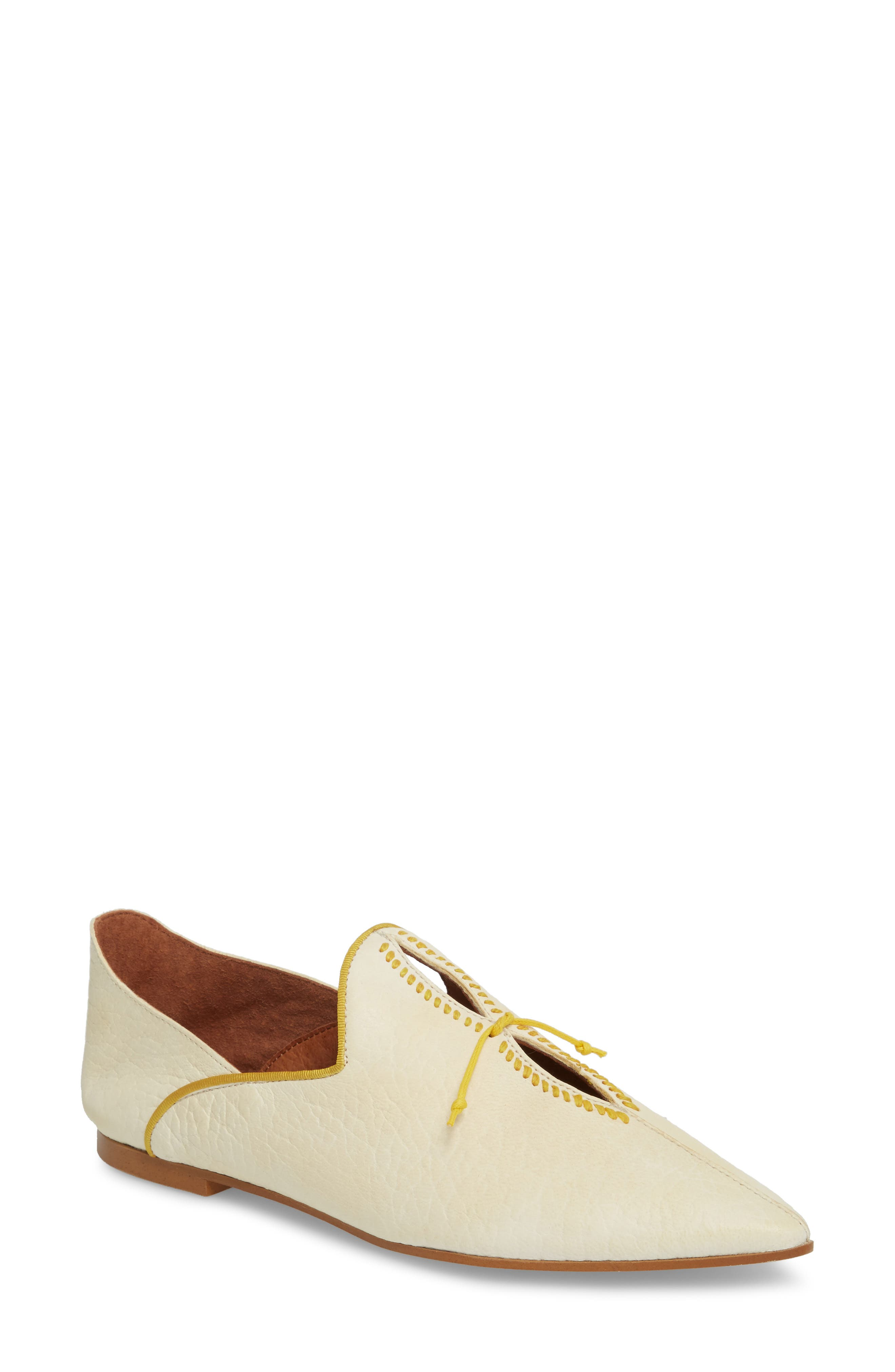 St. Lucia Flat,                         Main,                         color, White