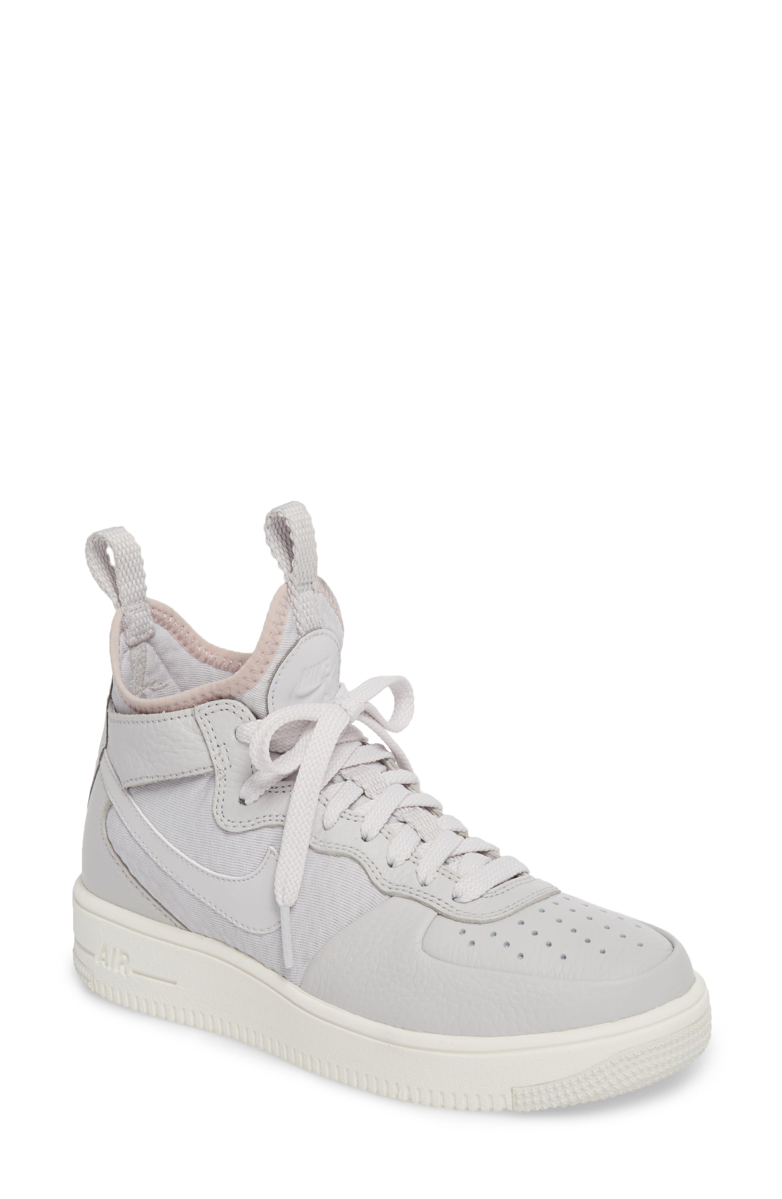 Nike Air Force 1 Ultraforce Mid Sneaker (Women)