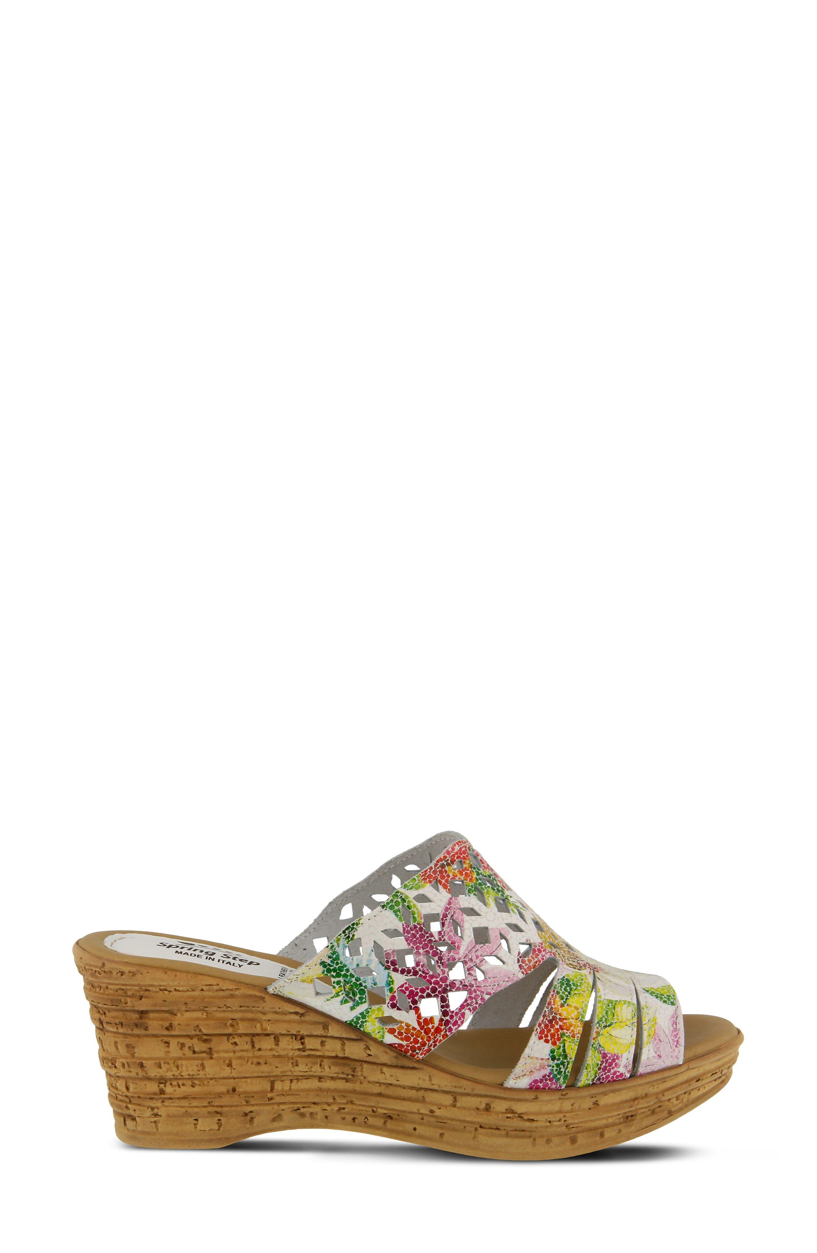 Viniko Platform Wedge Sandal,                             Alternate thumbnail 3, color,                             White Leather