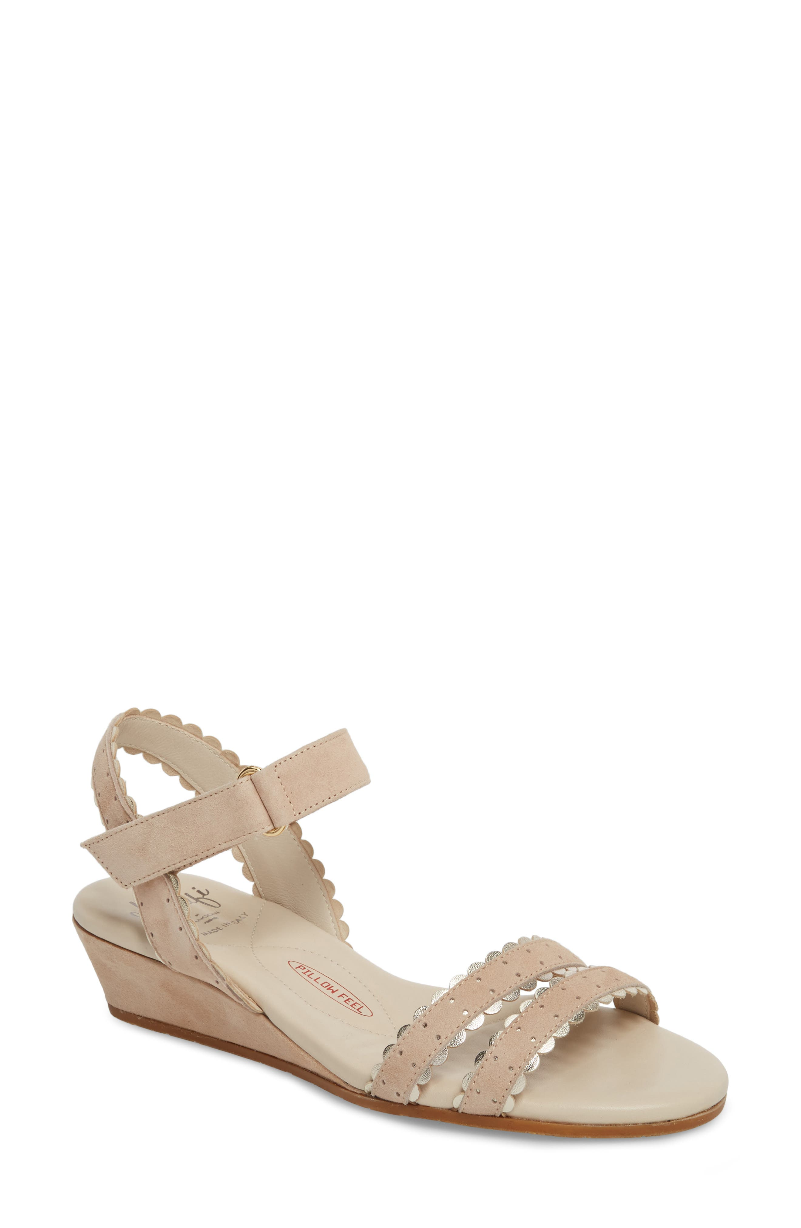 AMALFI BY RANGONI Messina Wedge Sandal in Cream/ Platinum Suede