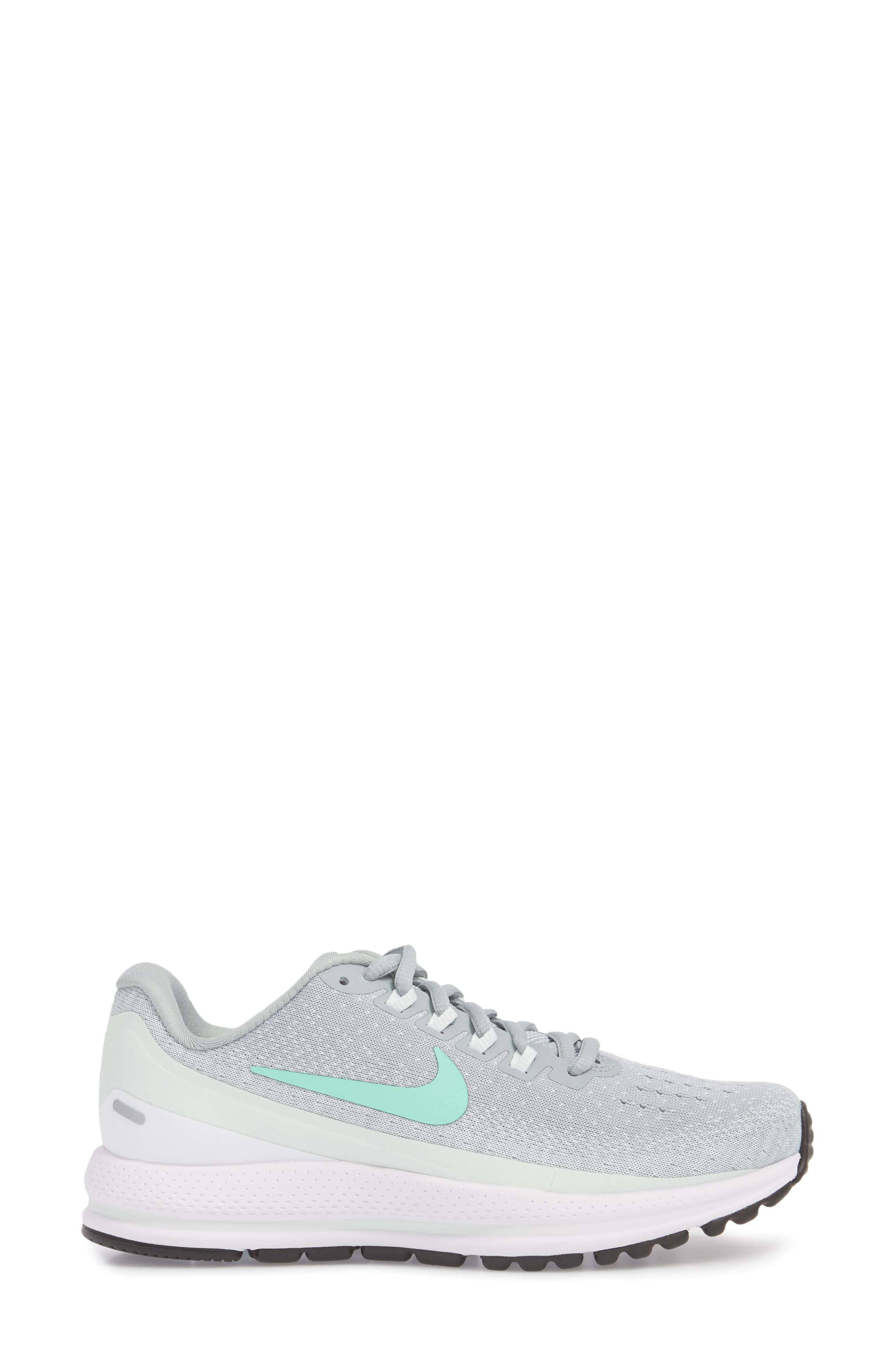 Air Zoom Vomero 13 Running Shoe,                             Alternate thumbnail 5, color,                             Light Pumice/ Green Glow