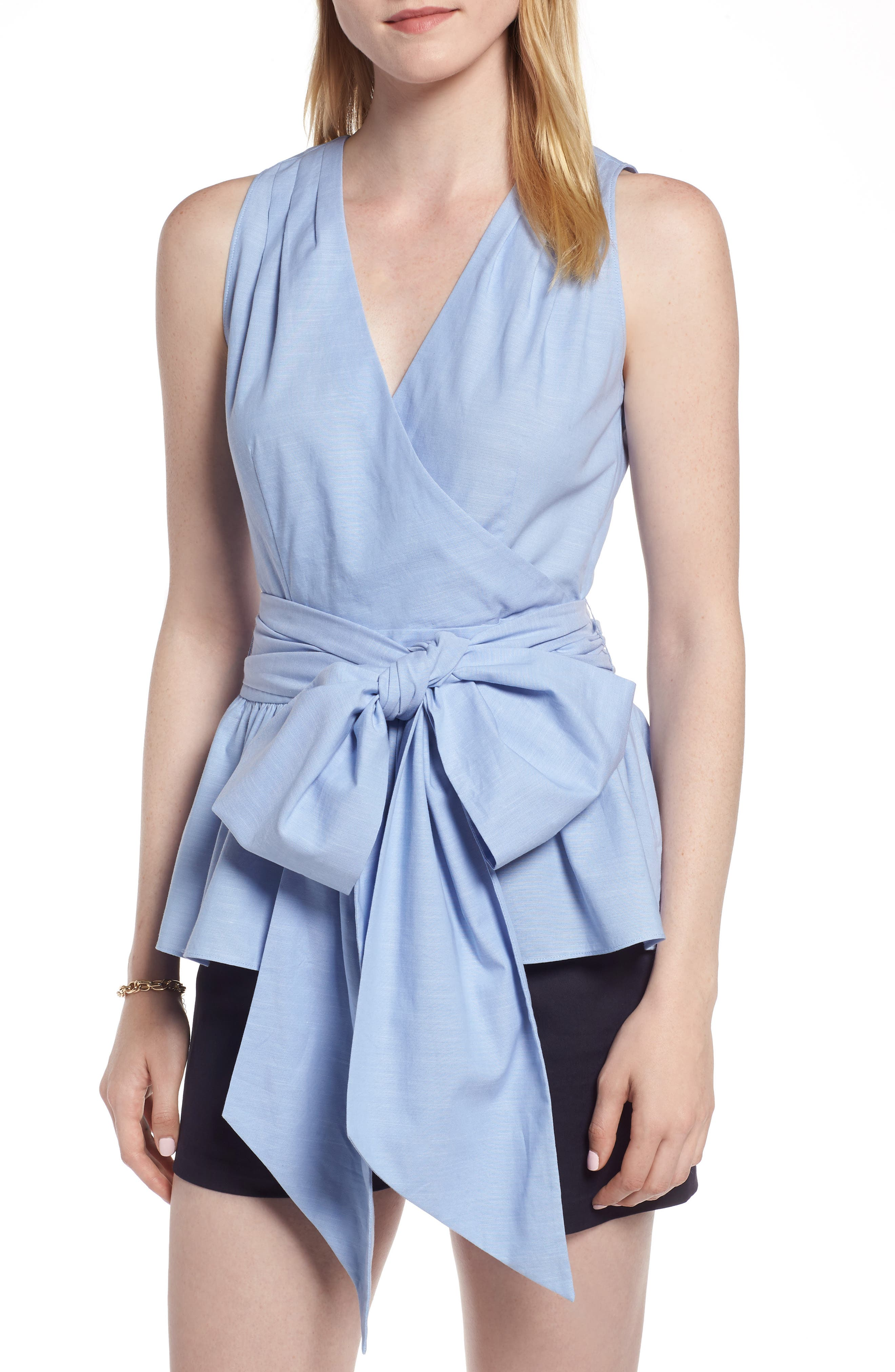 Cotton Chambray Sleeveless Top by 1901