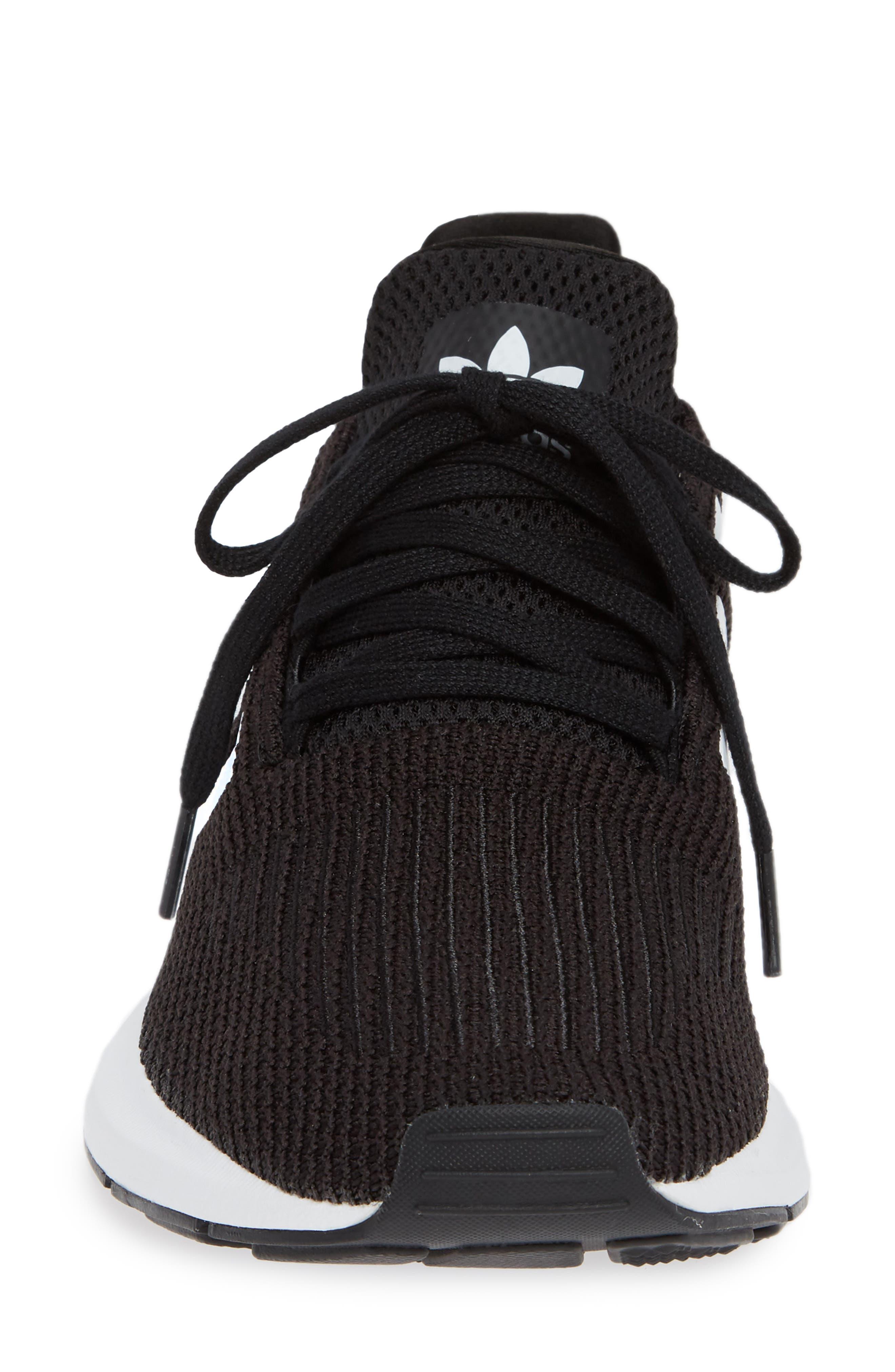 Swift Run Sneaker,                             Alternate thumbnail 4, color,                             Black/ White