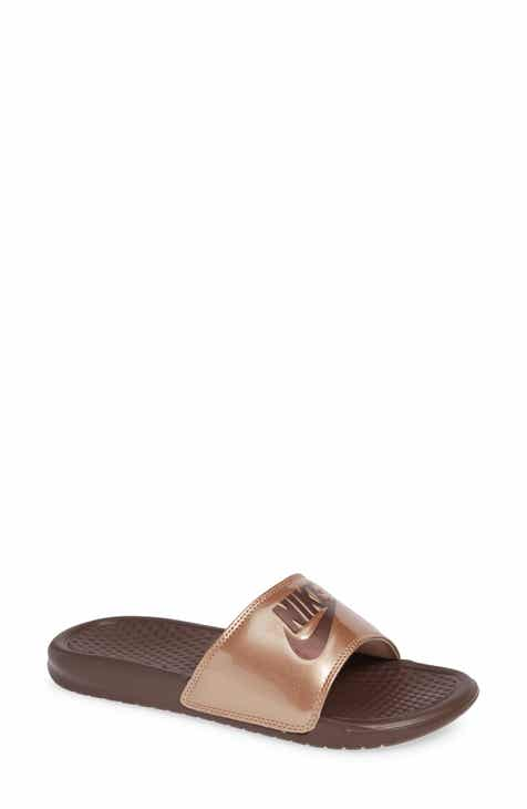 Nike  Benassi - Just Do It  Print Sandal (Women) c3e0d59065
