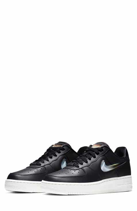 separation shoes bd656 14c64 Nike Air Force 1  07 SE Premium Sneaker (Women)