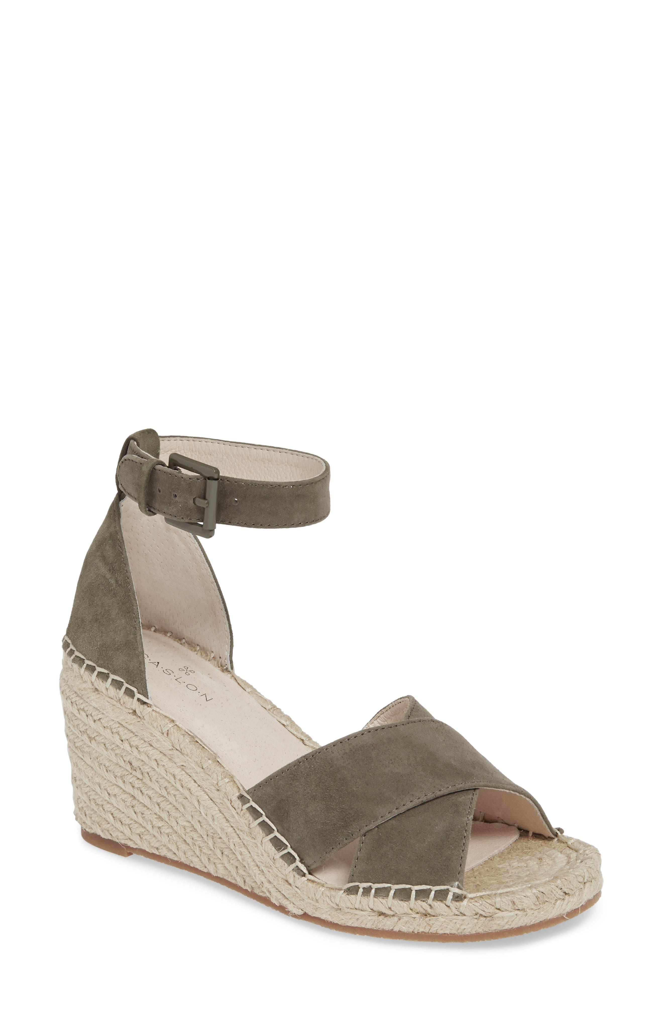 fcf3c84cf11 Caslon® Women s Sandals Clothing
