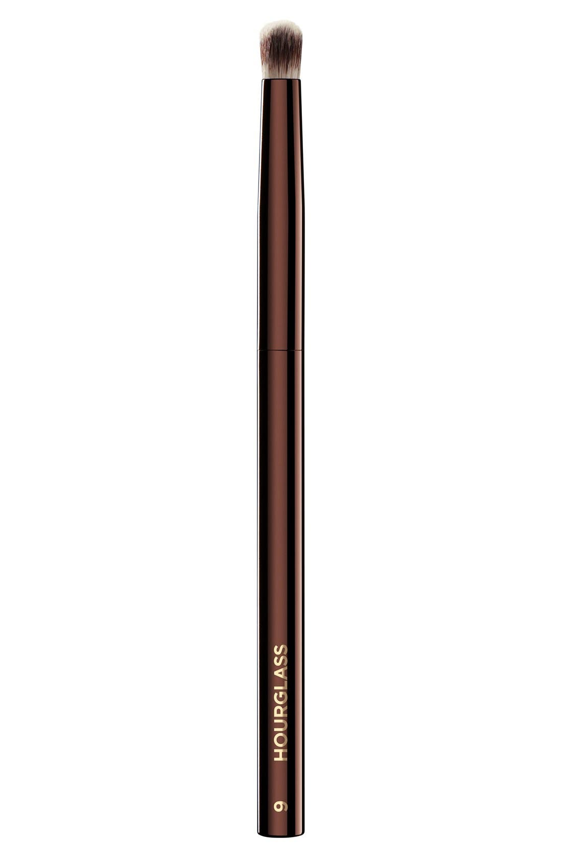 HOURGLASS No. 9 Domed Shadow Brush