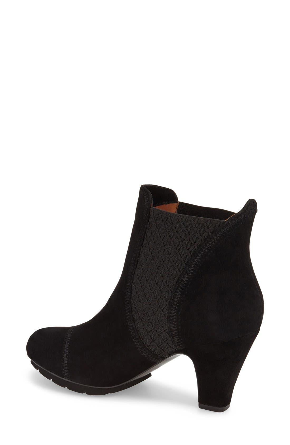 Alternate Image 2  - L'Amourdes Pieds'Faaris' Chelsea Boot (Women)