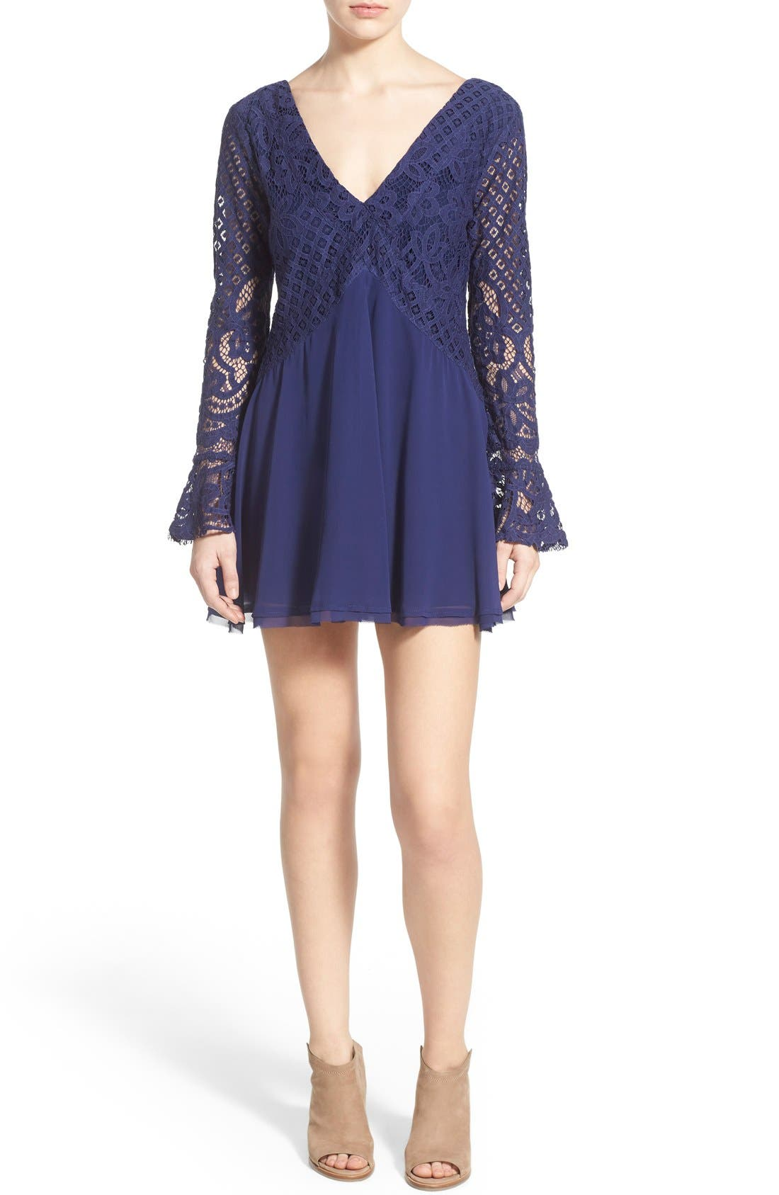 Main Image - Tularosa 'Skylar' Bell Sleeve Minidress