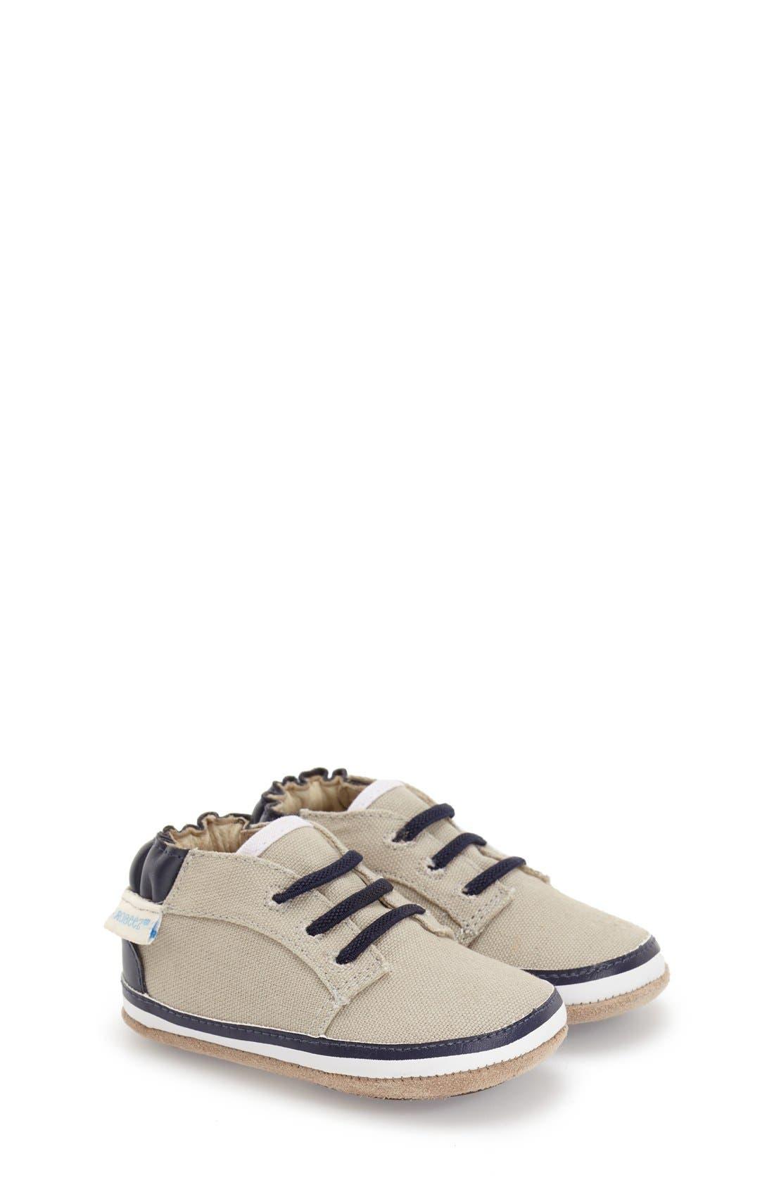 Robeez® 'Tyler Low Top' Crib Shoe (Baby)
