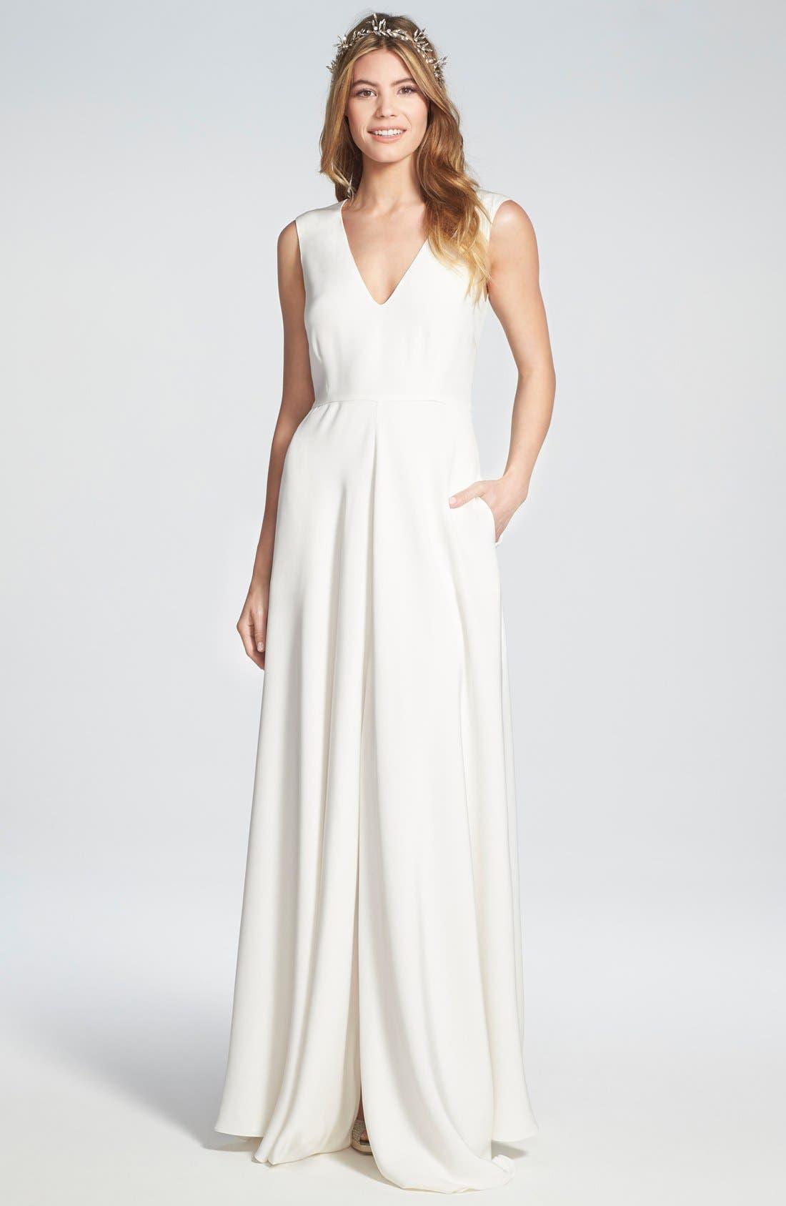Houghton 'Grady' Sleeveless Silk V-Neck Gown