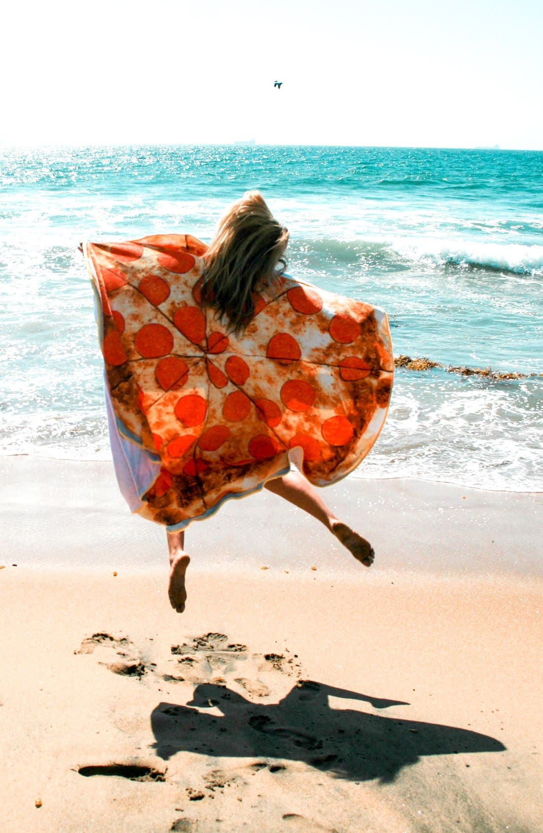 Alternate Image 3  - Round Towel Co. Pizza Round Beach Towel