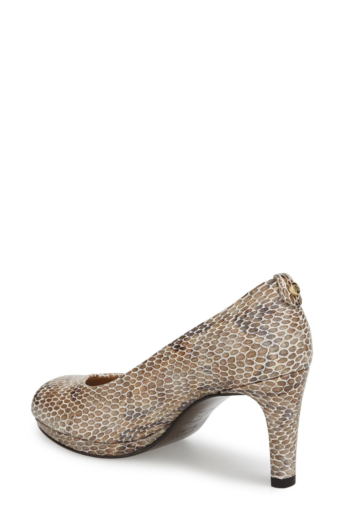 Alternate Image 2  - Stuart Weitzman 'Logoplainfield' Pump