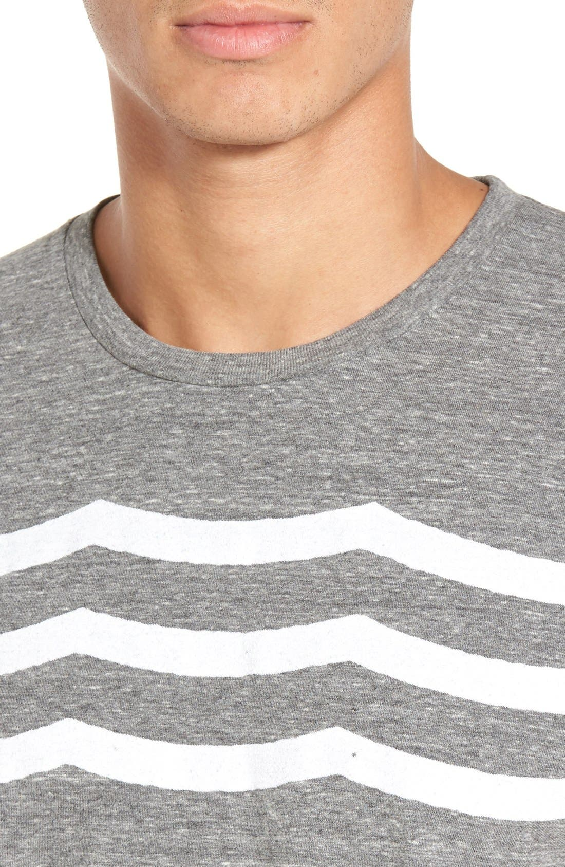 'Waves' Graphic T-Shirt,                             Alternate thumbnail 4, color,                             Heather Grey