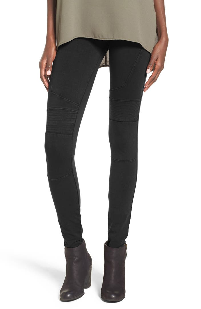 Cotton Leggings Give an Amazing Fit and On Trend Style? At Only Leggings, any legging that comprises 50% or more cotton in its fabric blend is considered a cotton legging. These leggings tend to have wonderful fit, breathability and comfort.