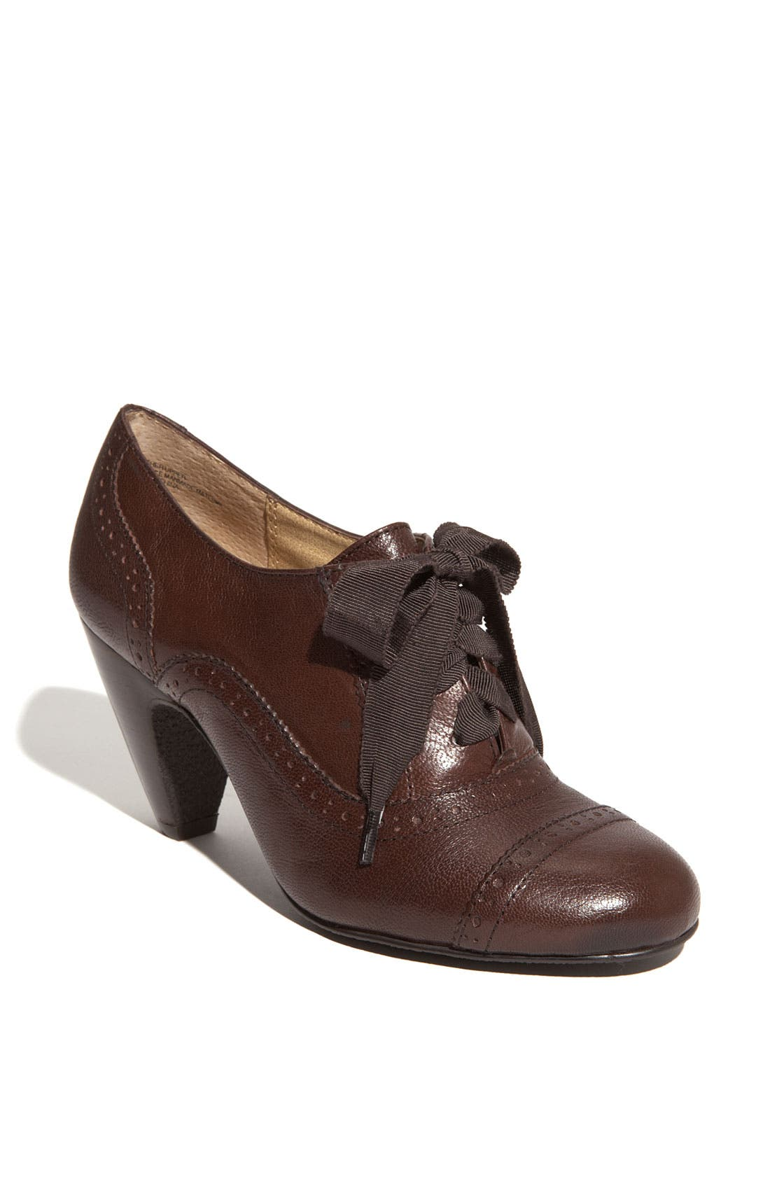 Alternate Image 1 Selected - BP. 'Hightower Oxford' Pump
