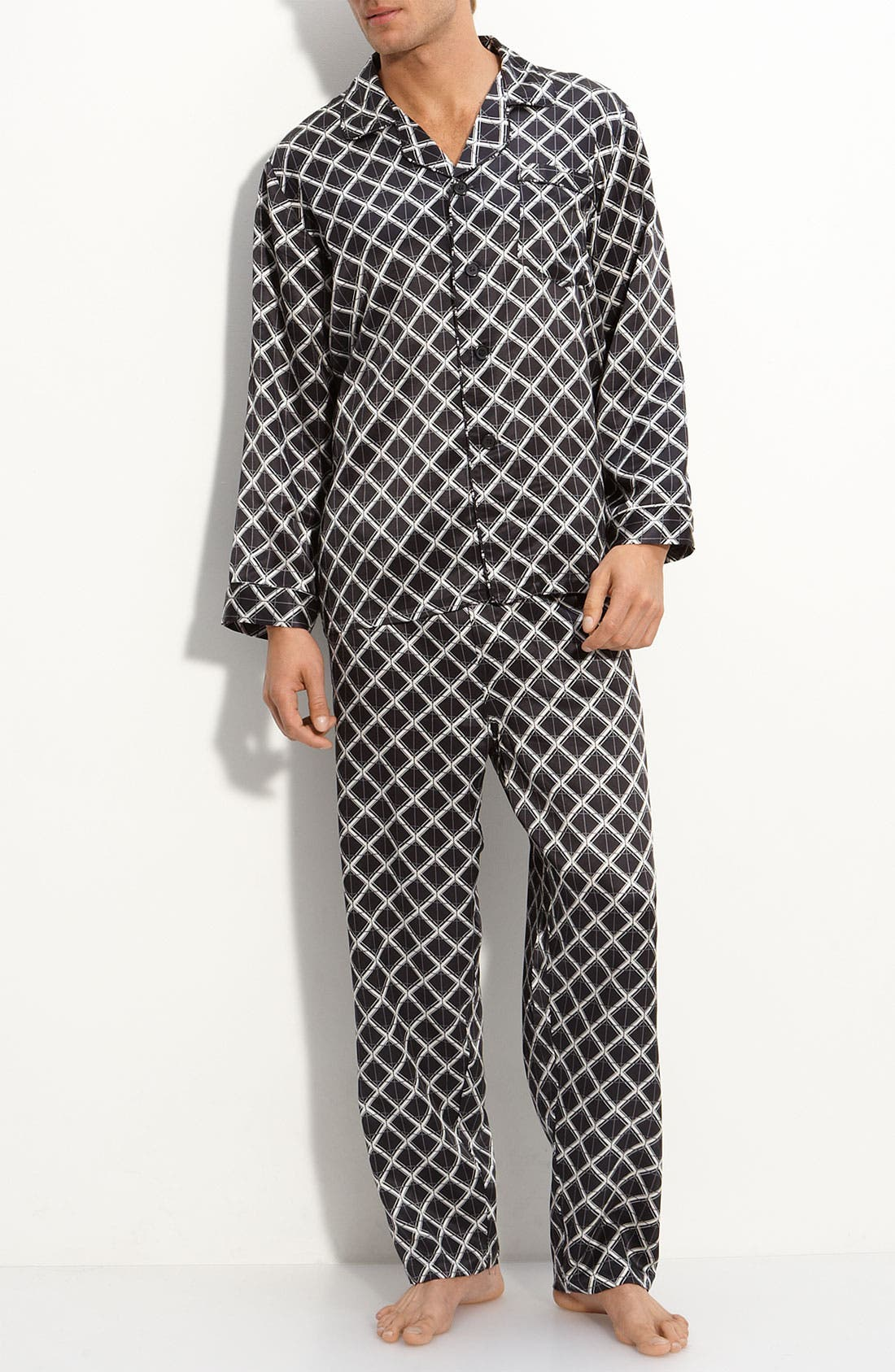 Main Image - Majestic International 'Ethan' Plaid Silk Pajamas