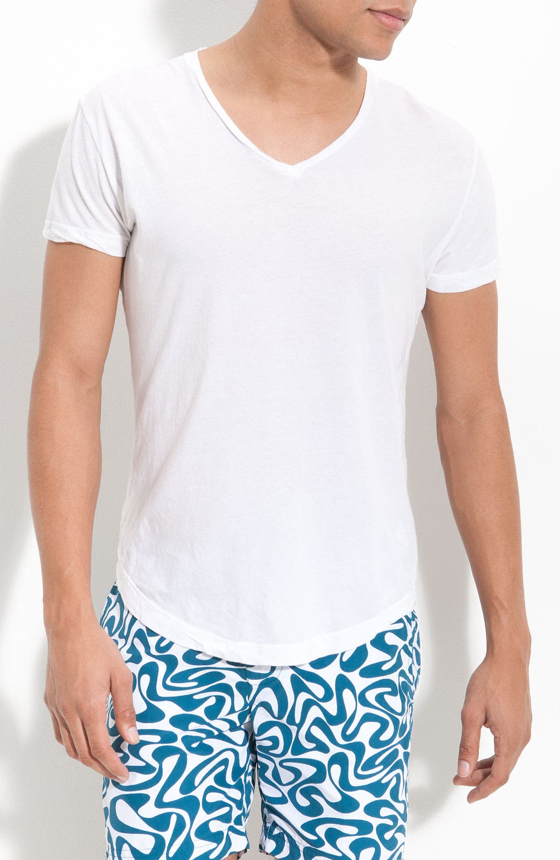 Main Image - Orlebar Brown 'Bobby' V-Neck T-Shirt