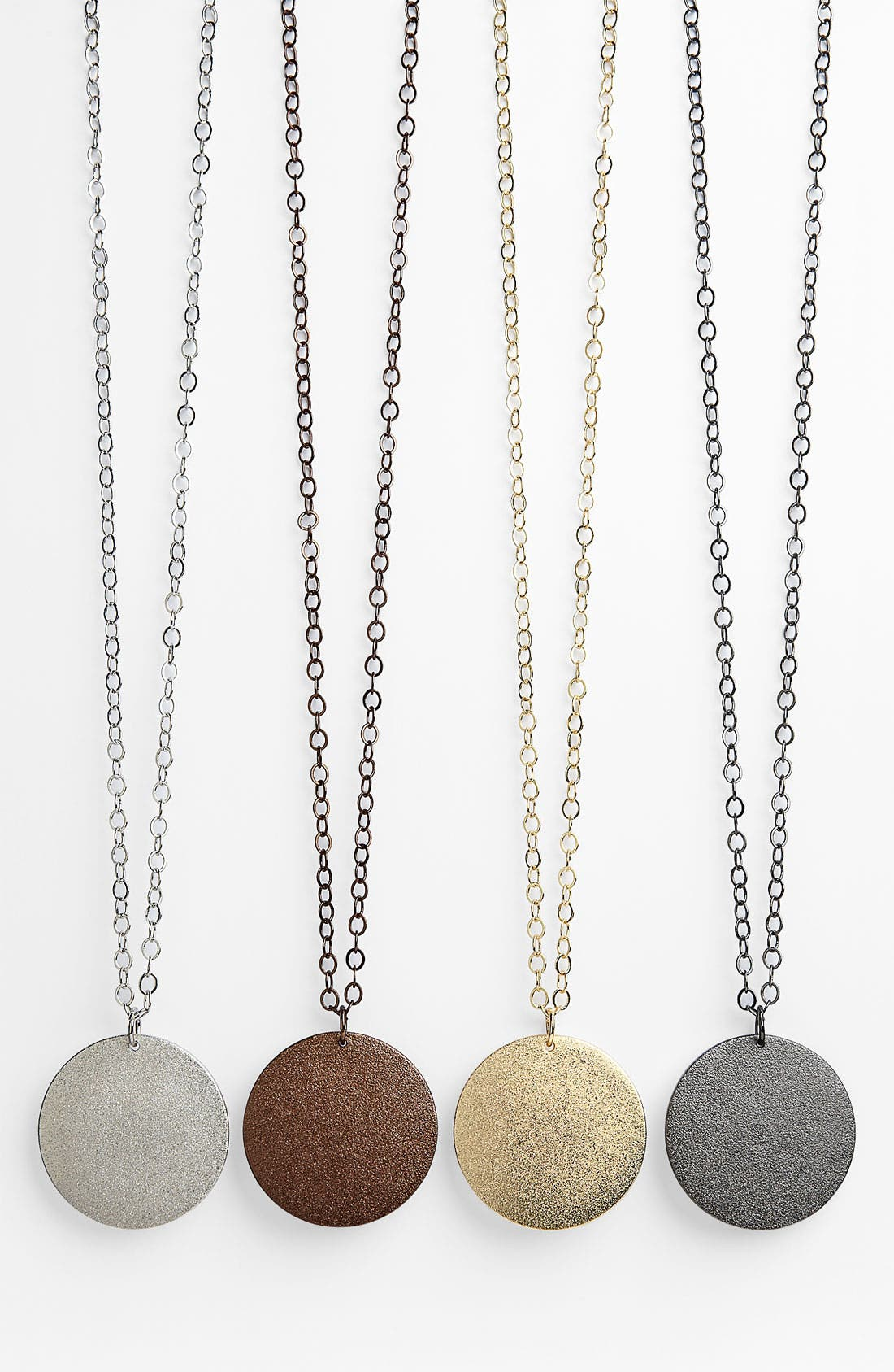Main Image - Nordstrom Textured Disc Pendant Necklace (Nordstrom Exclusive)