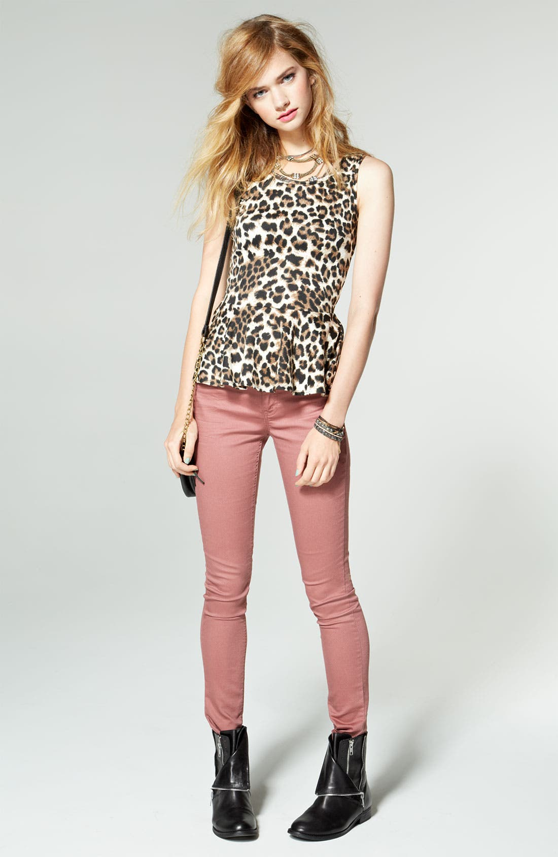 Alternate Image 4  - Fire Skinny Jeans (Juniors)