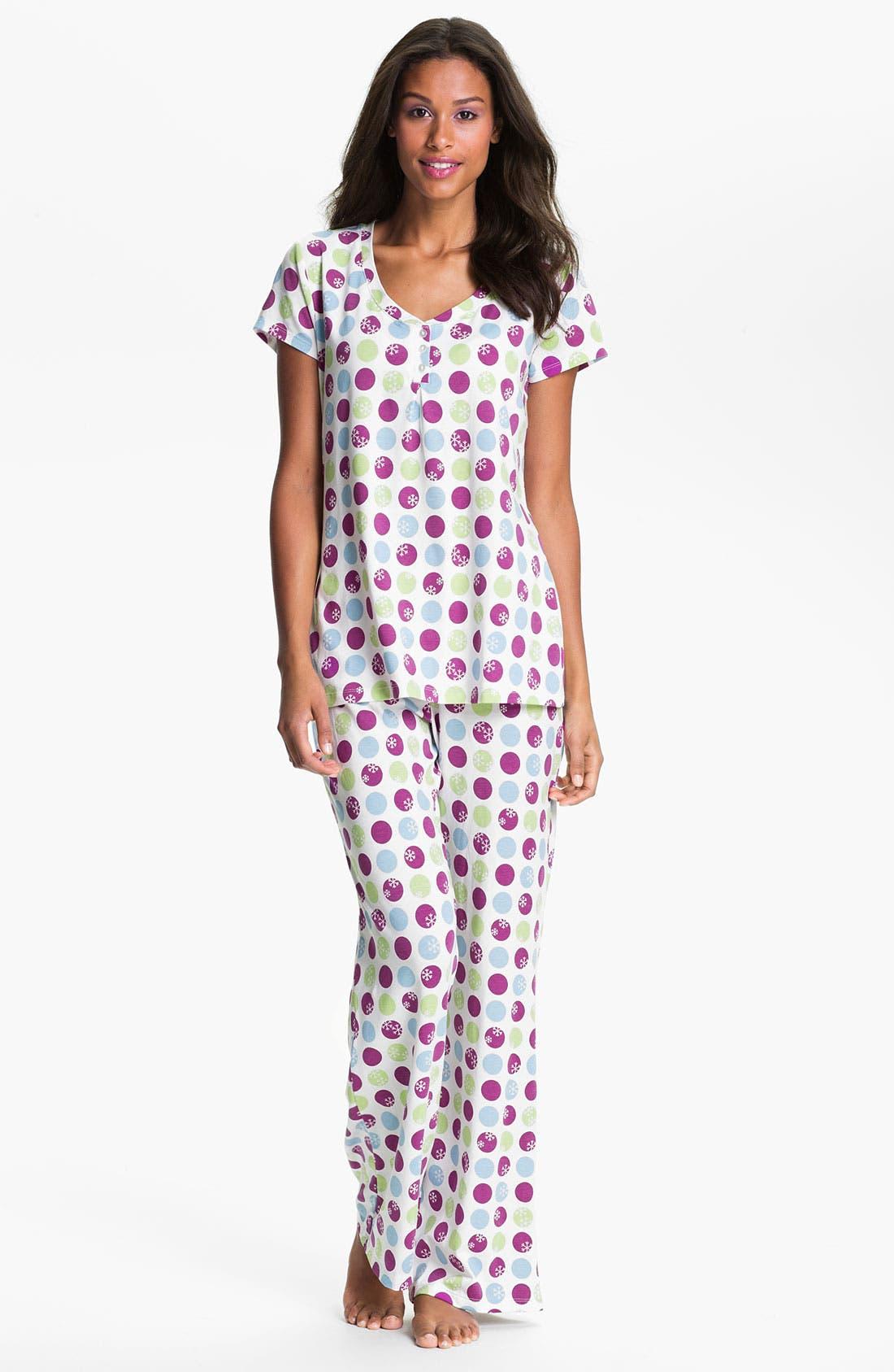 Alternate Image 1 Selected - Nordstrom Pleat Pajamas