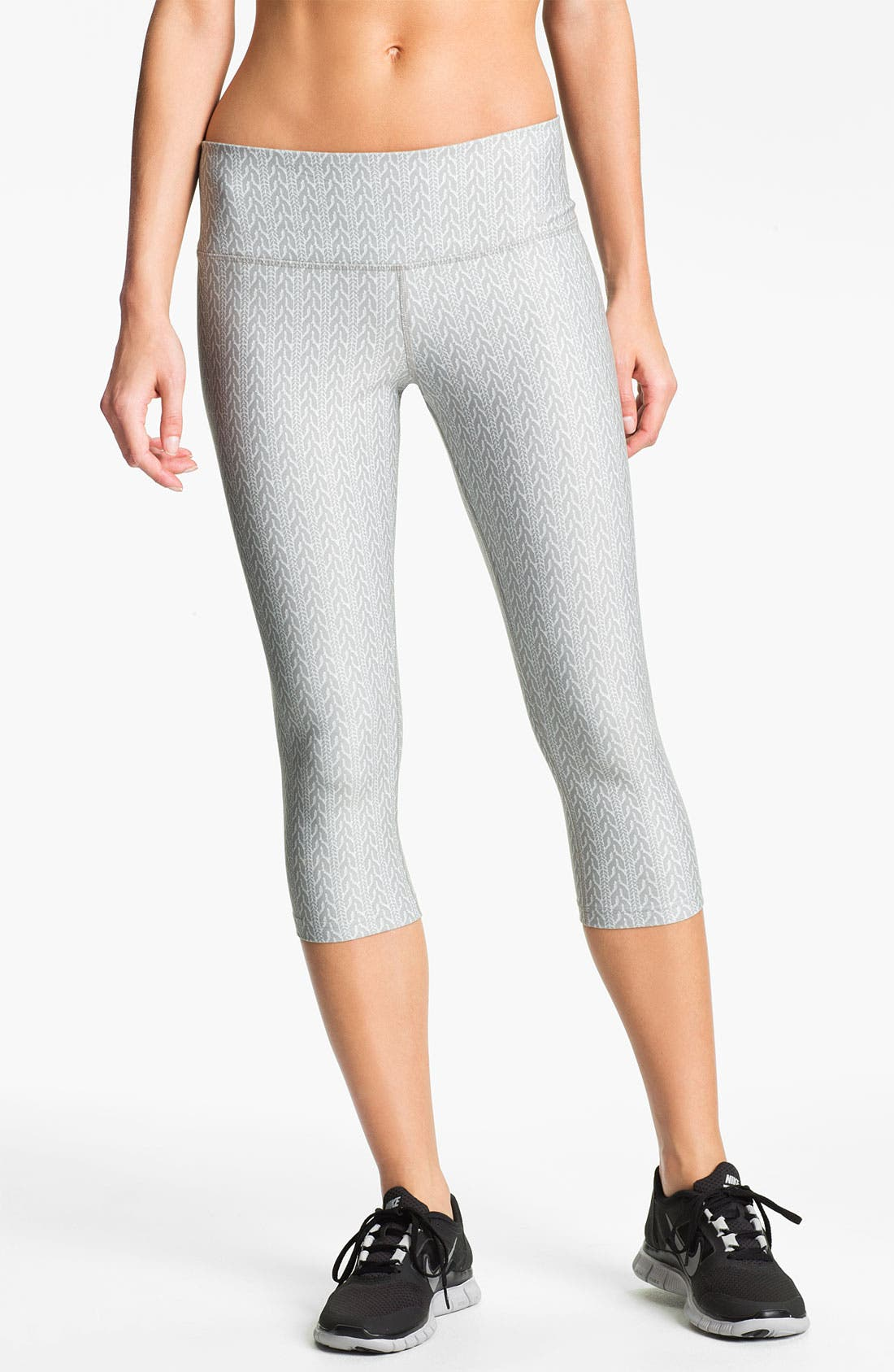 Alternate Image 1 Selected - Nike 'Poly' Print Capri Tights