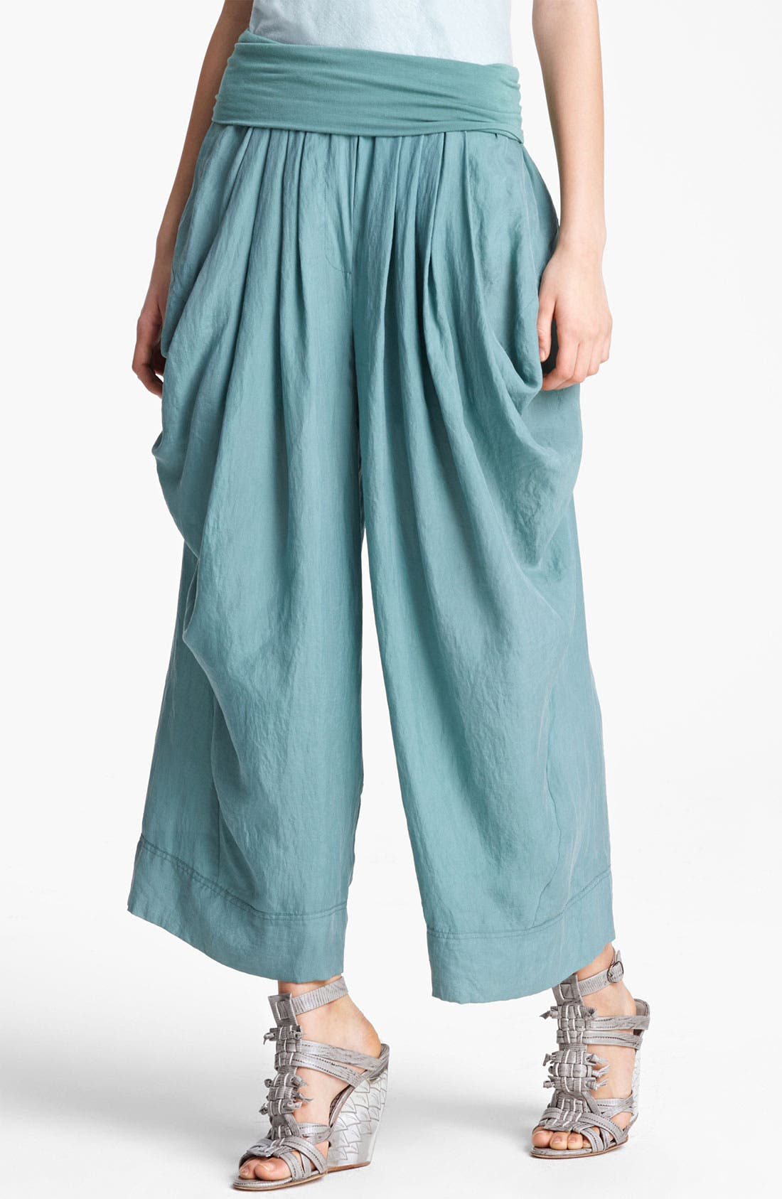 Main Image - Donna Karan Collection Draped Gaucho Pants