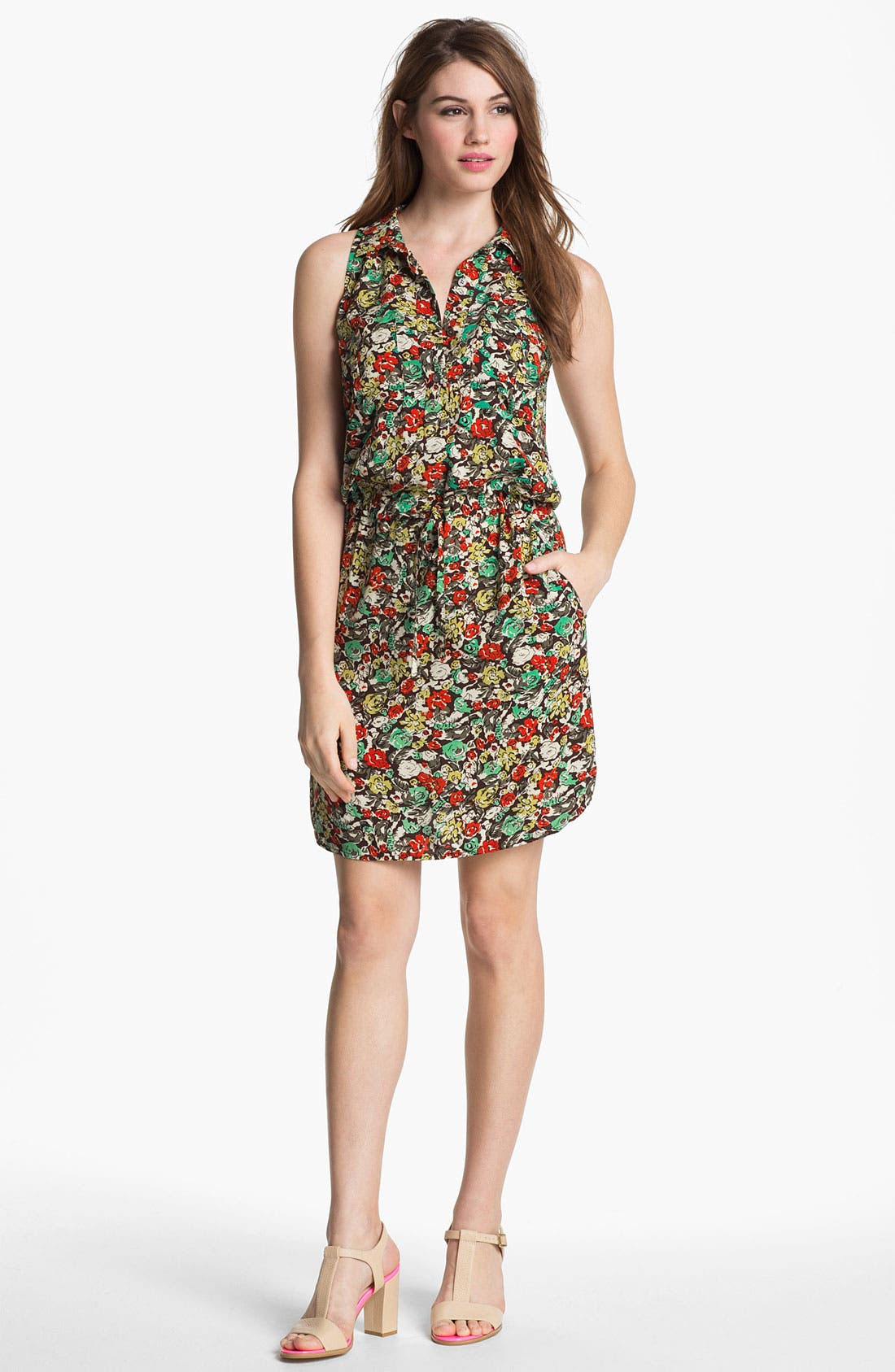 Main Image - Two by Vince Camuto 'Monaco' Print Sleeveless Shirtdress