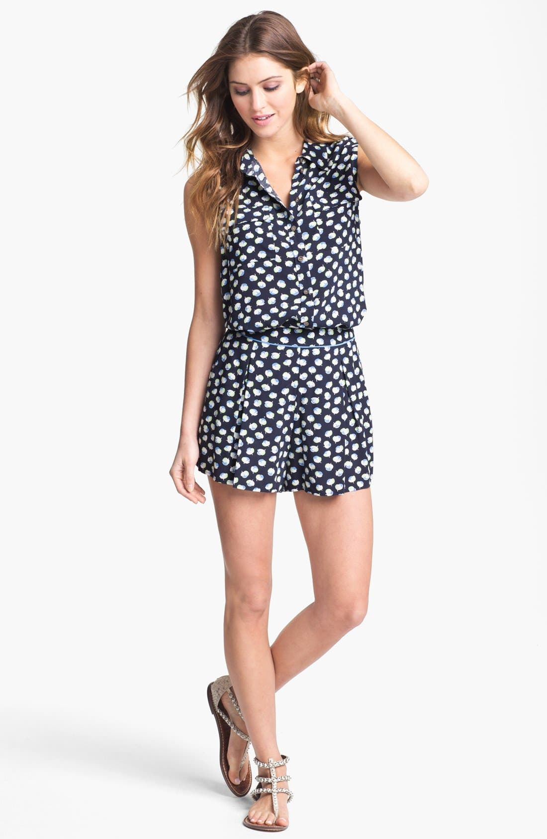 Alternate Image 4  - Two by Vince Camuto Sleeveless Floral Shirt