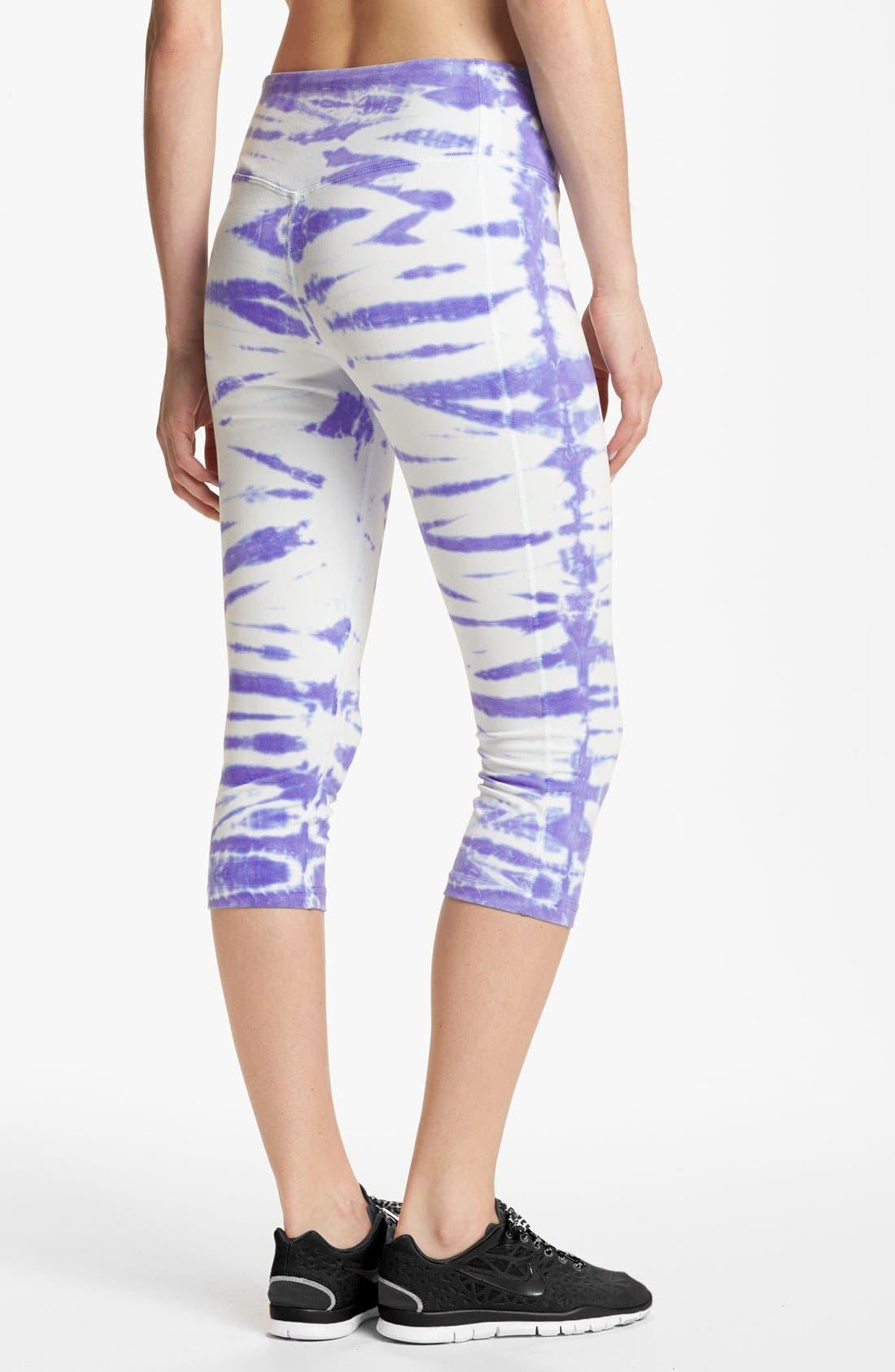 Alternate Image 2  - Nike 'Twist Tie' Dri-FIT Cotton Capri Pants