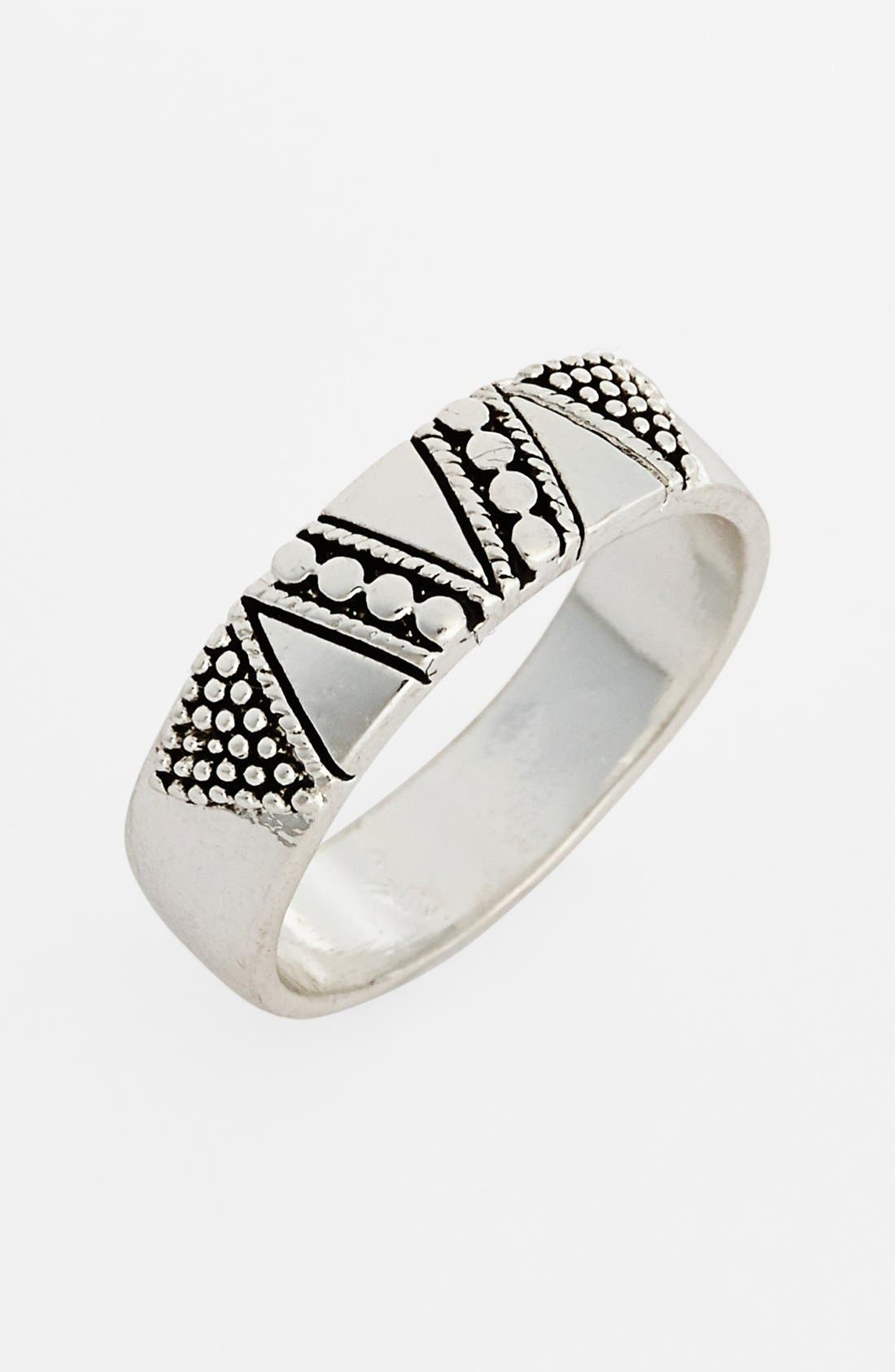 Alternate Image 1 Selected - South Sun Geometric Etched Midi Ring